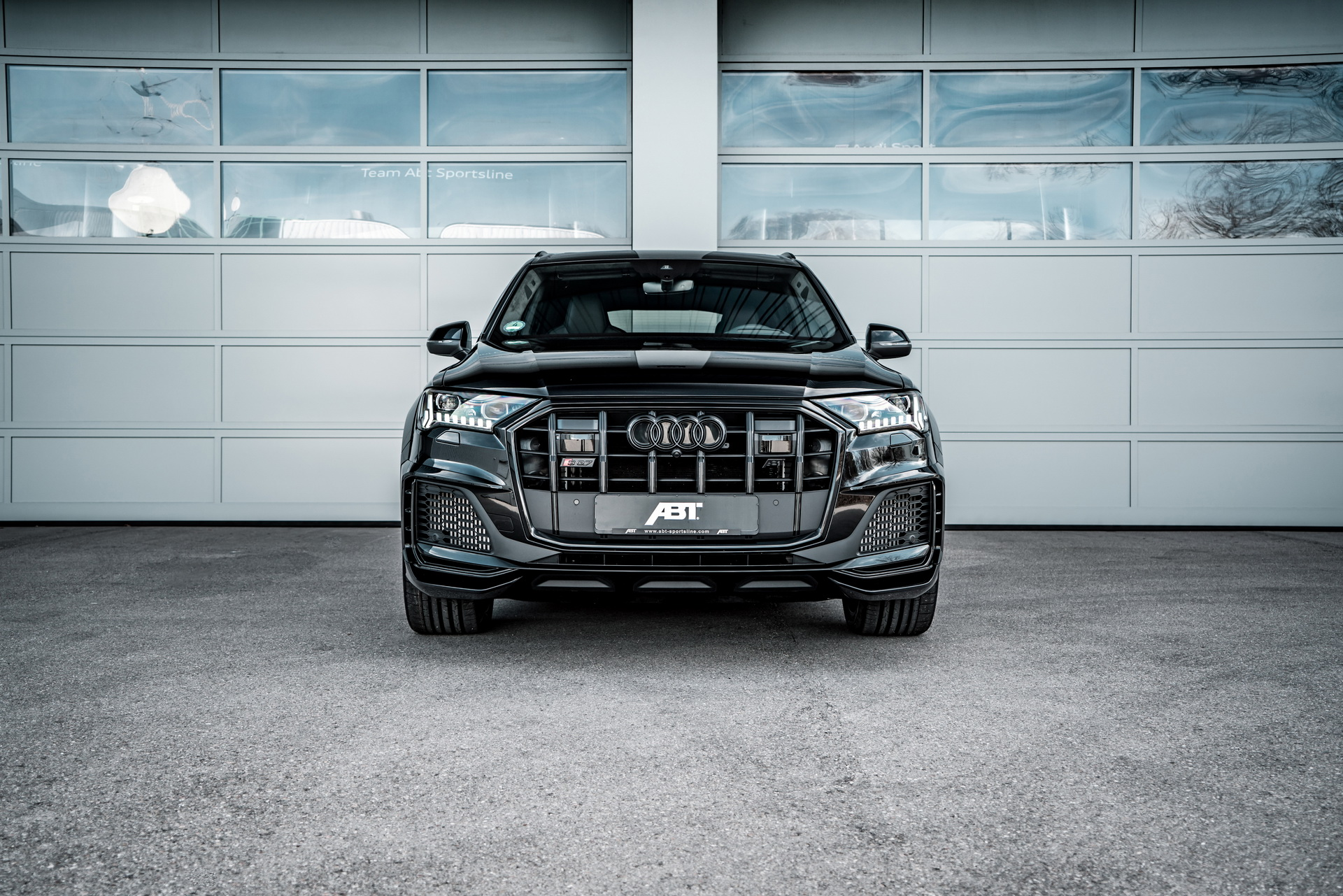 Audi_SQ7_ABT_bodykit_0017