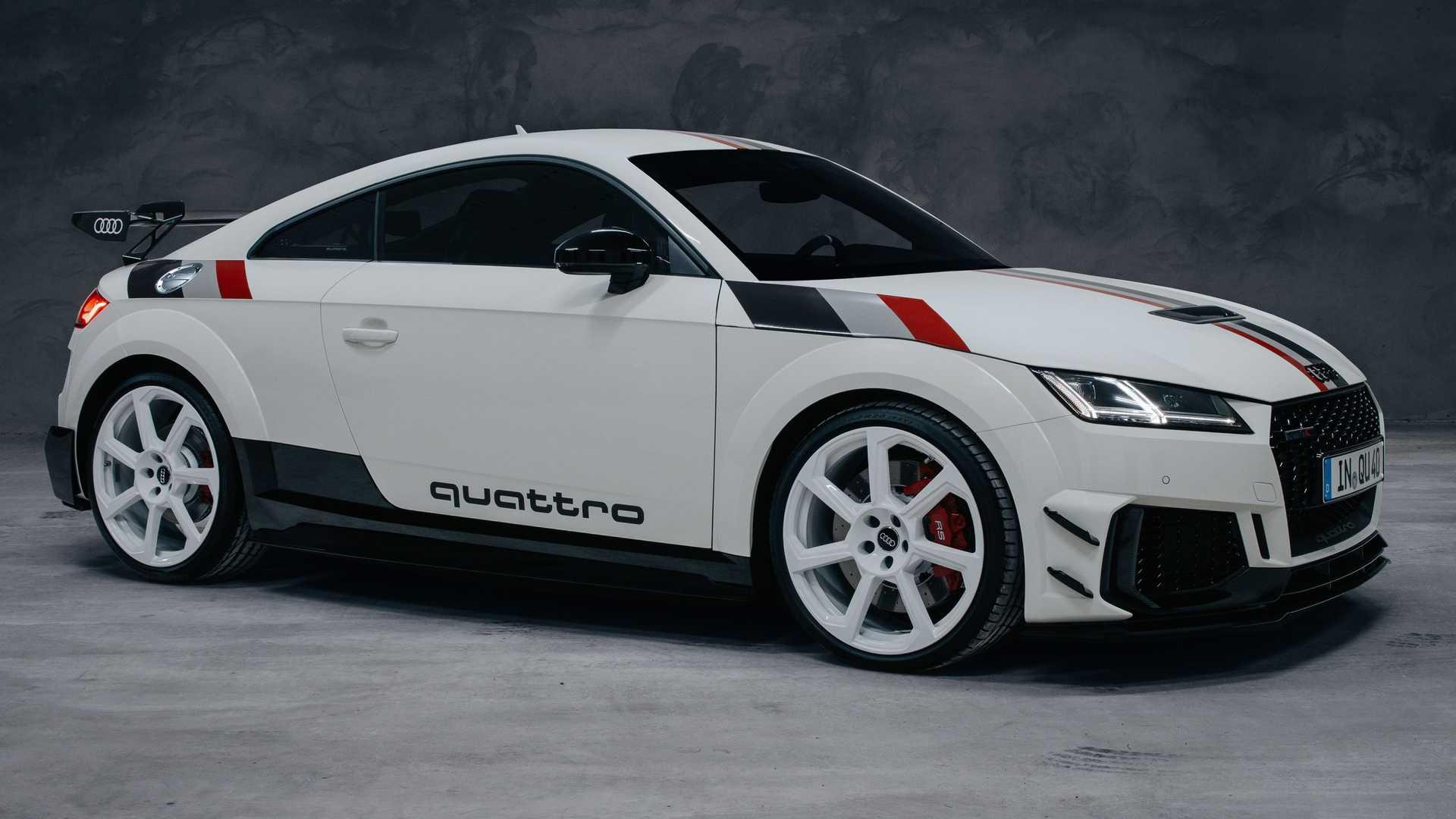 Audi_TT_RS_40_Years_Of_Quattro_0001