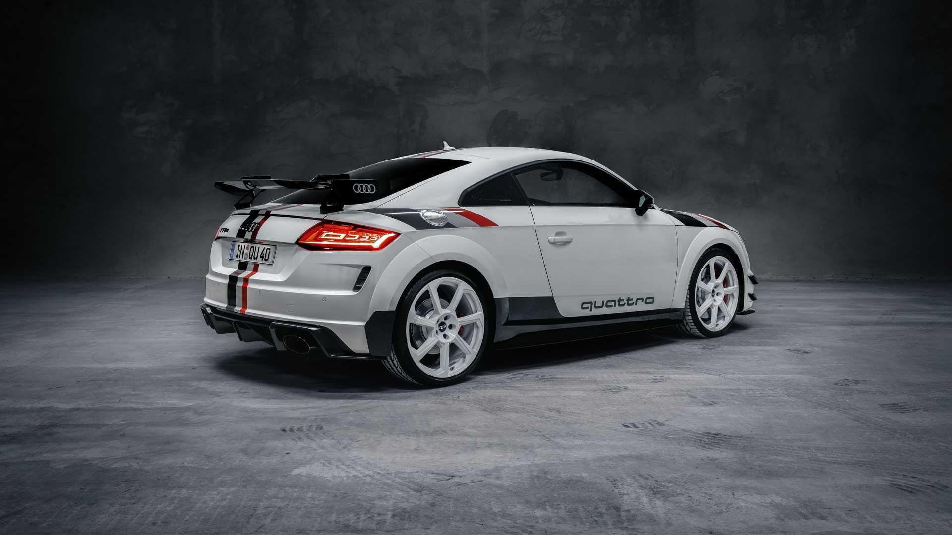 Audi_TT_RS_40_Years_Of_Quattro_0003