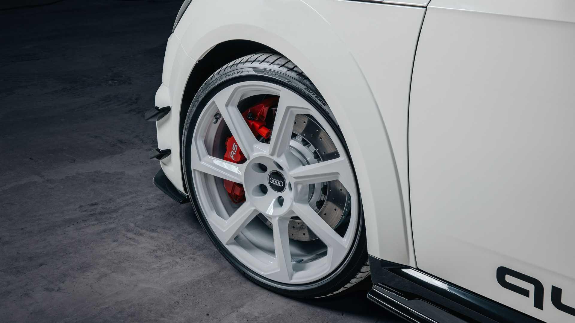 Audi_TT_RS_40_Years_Of_Quattro_0005