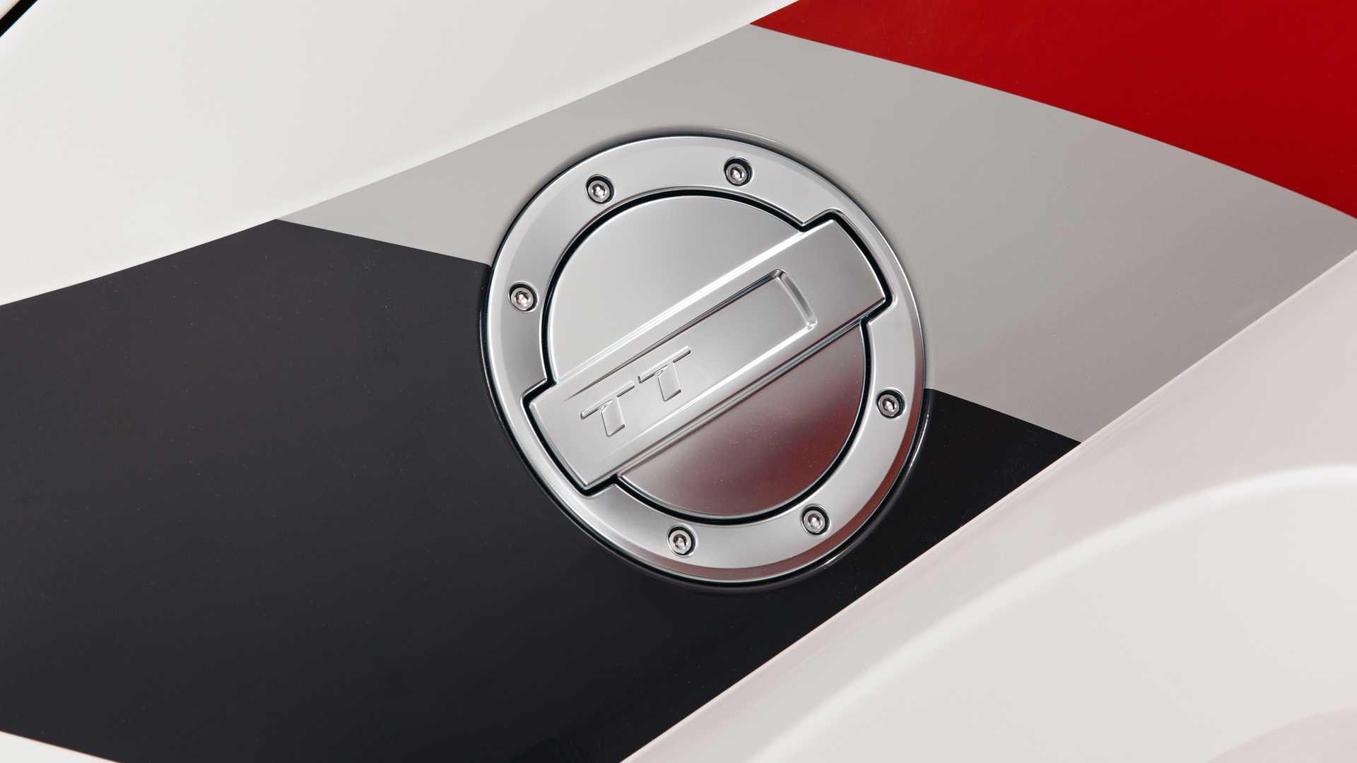 Audi_TT_RS_40_Years_Of_Quattro_0008