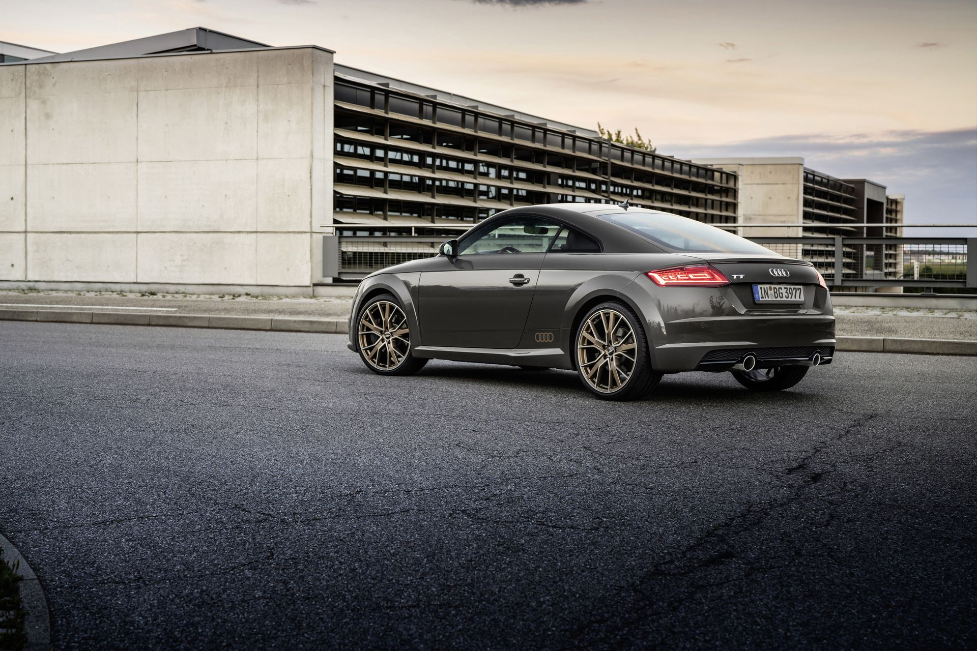 Audi TT Coupé bronze selection