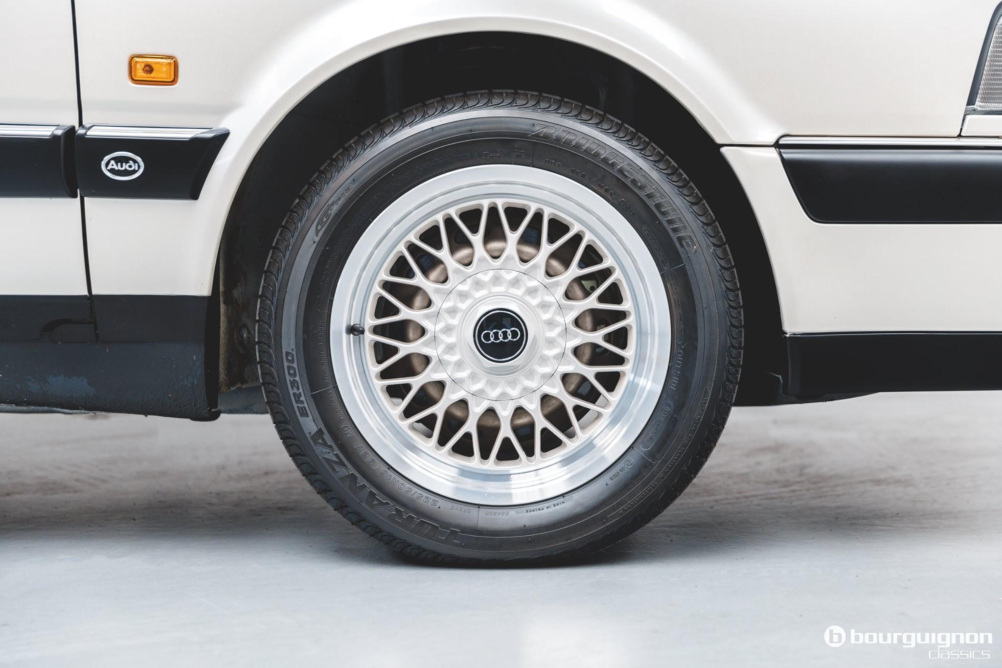 Audi-V8-1990-for-sale-1