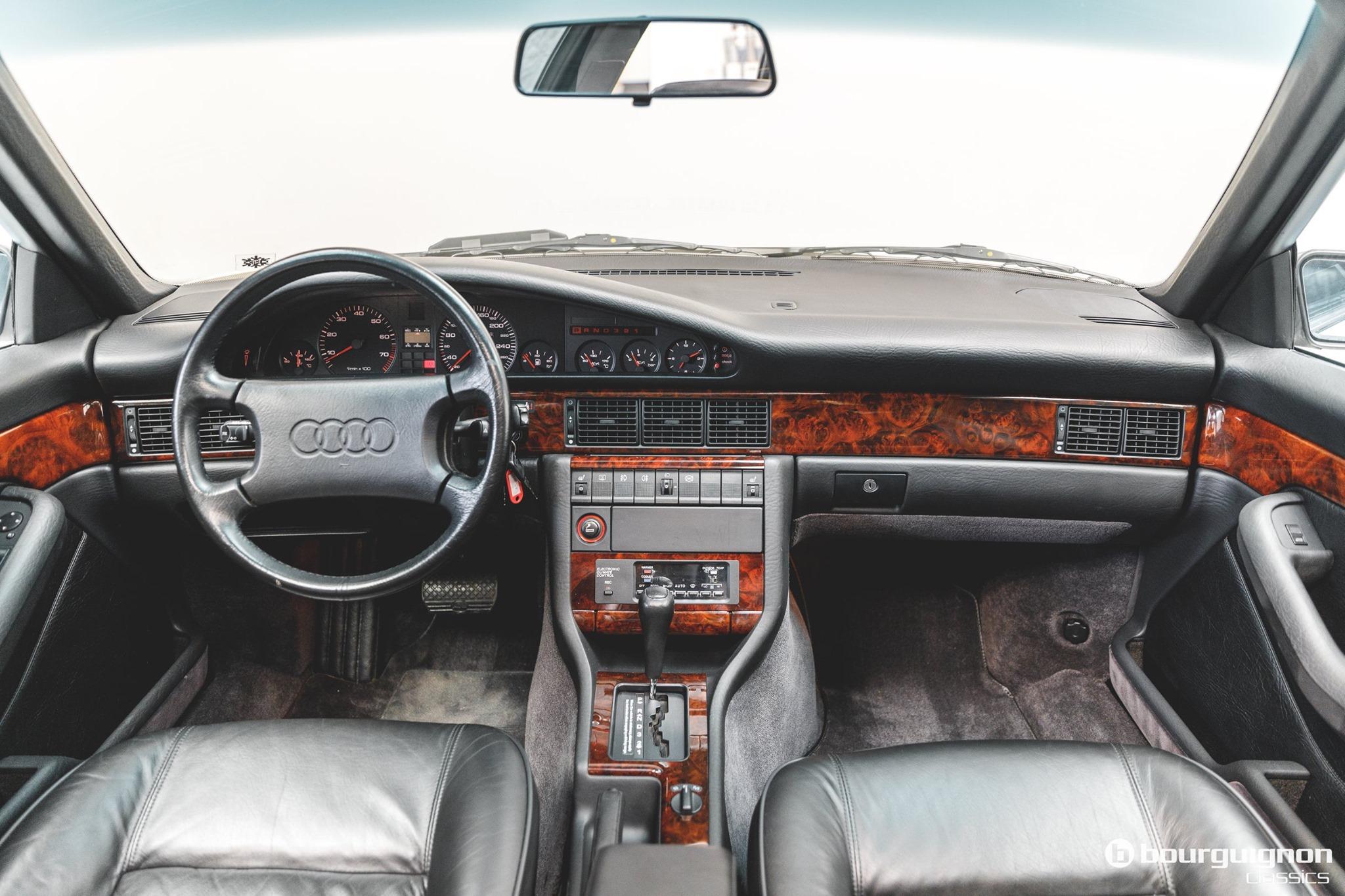 Audi-V8-1990-for-sale-10