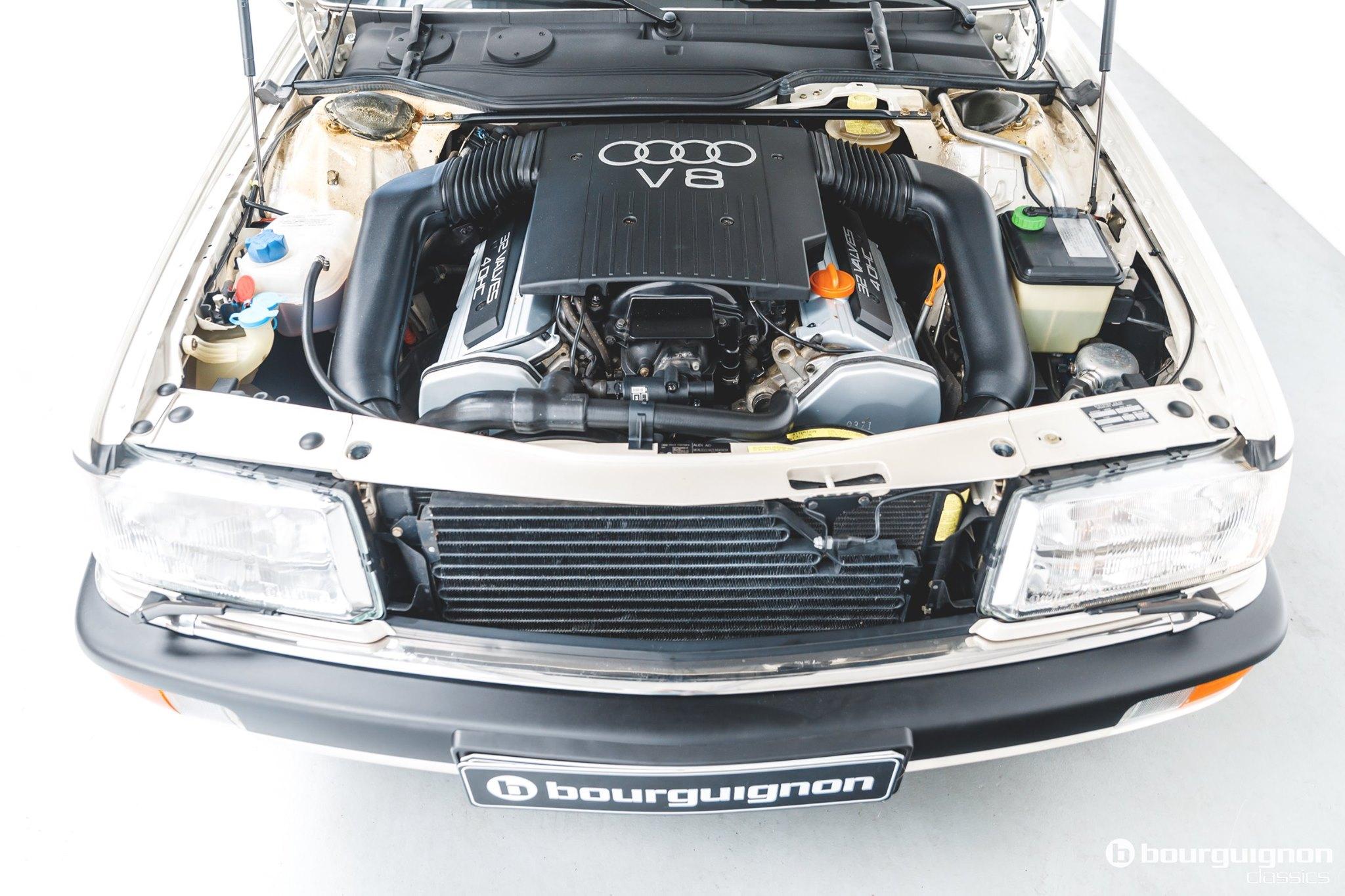 Audi-V8-1990-for-sale-22