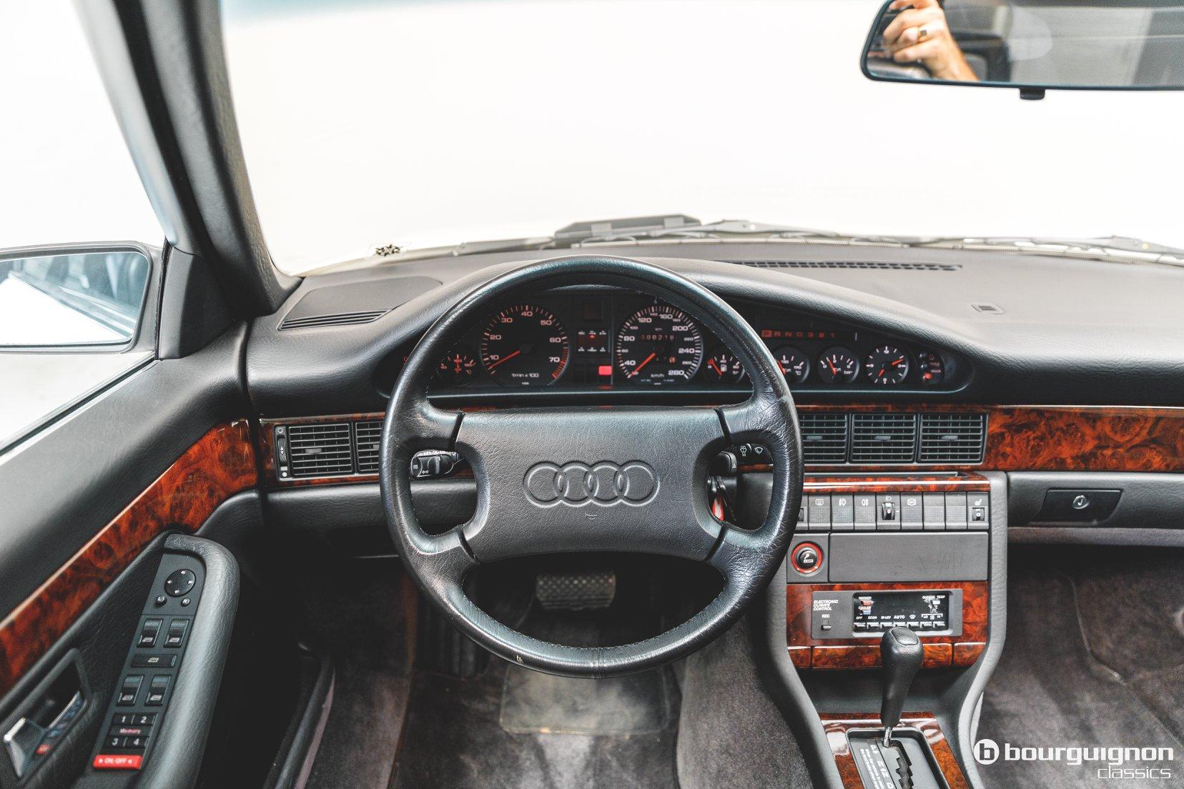 Audi-V8-1990-for-sale-25