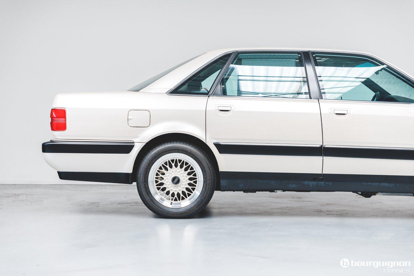 Audi-V8-1990-for-sale-28
