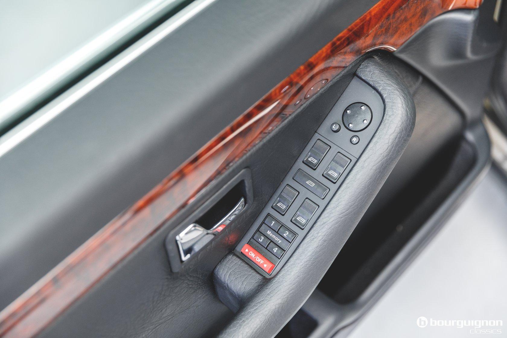 Audi-V8-1990-for-sale-29