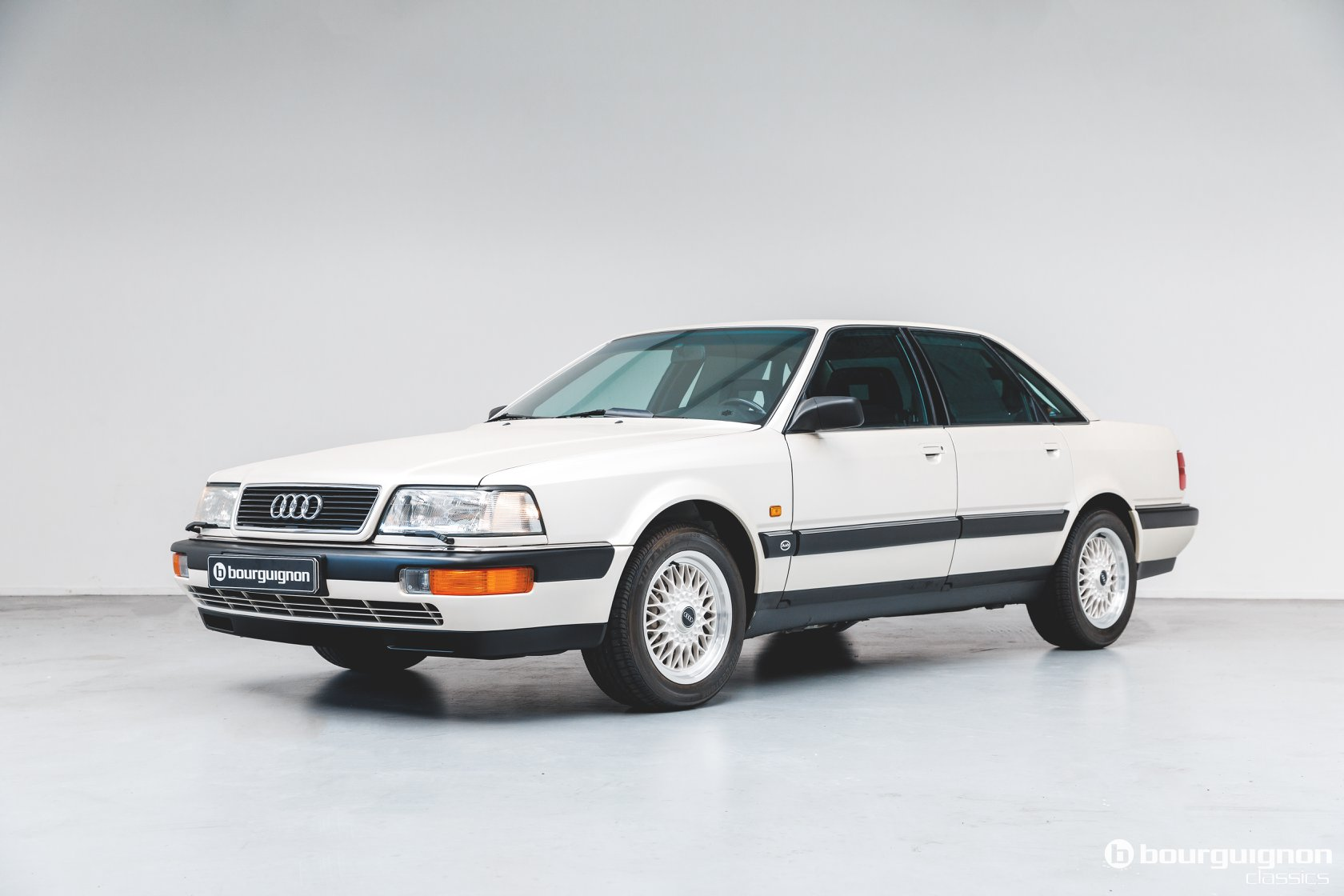 Audi-V8-1990-for-sale-36
