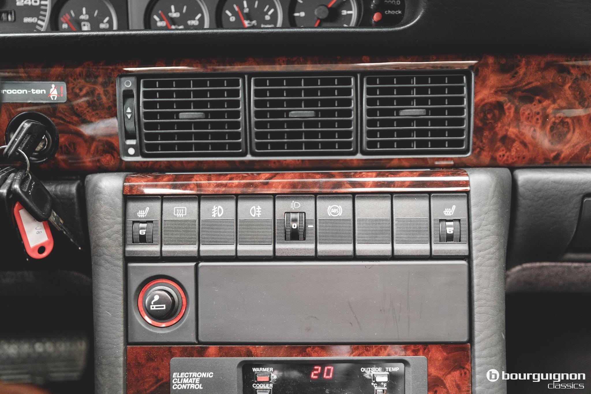 Audi-V8-1990-for-sale-4