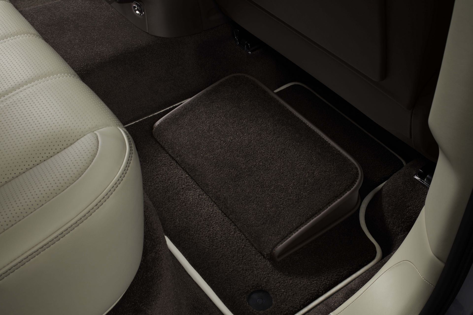 Bentley-Bentayga-Accessories-5