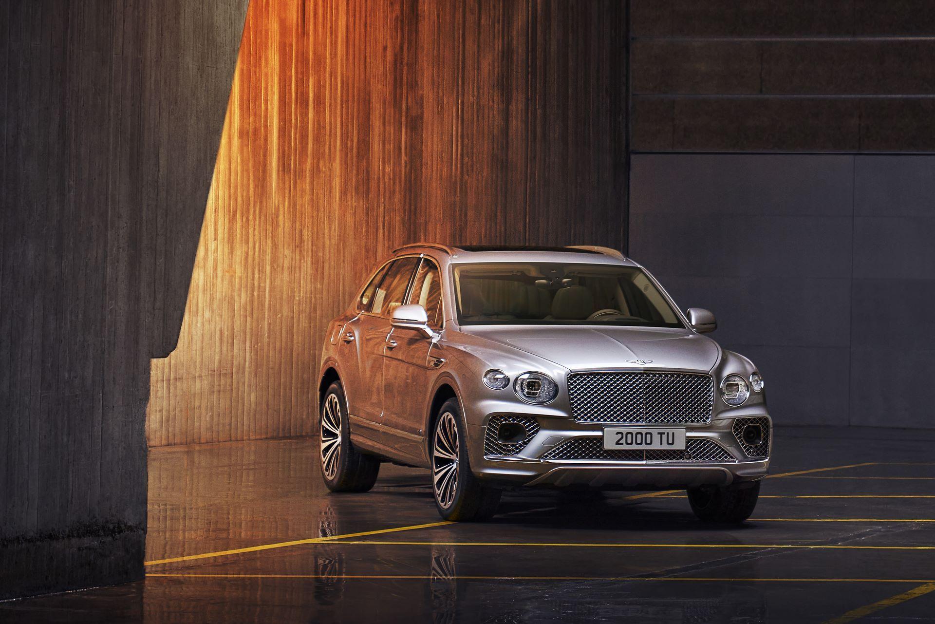 Bentley-Bentayga-facelift-2020-23