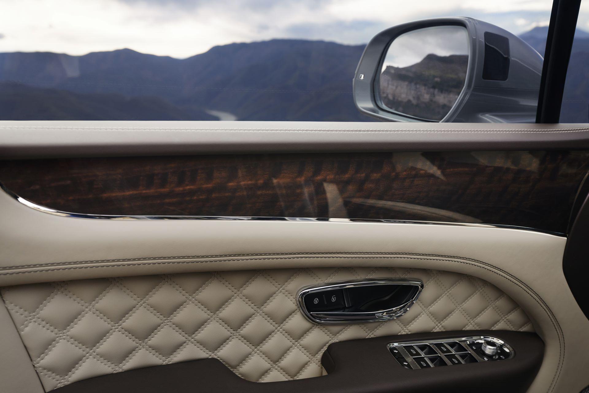 Bentley-Bentayga-facelift-2020-31