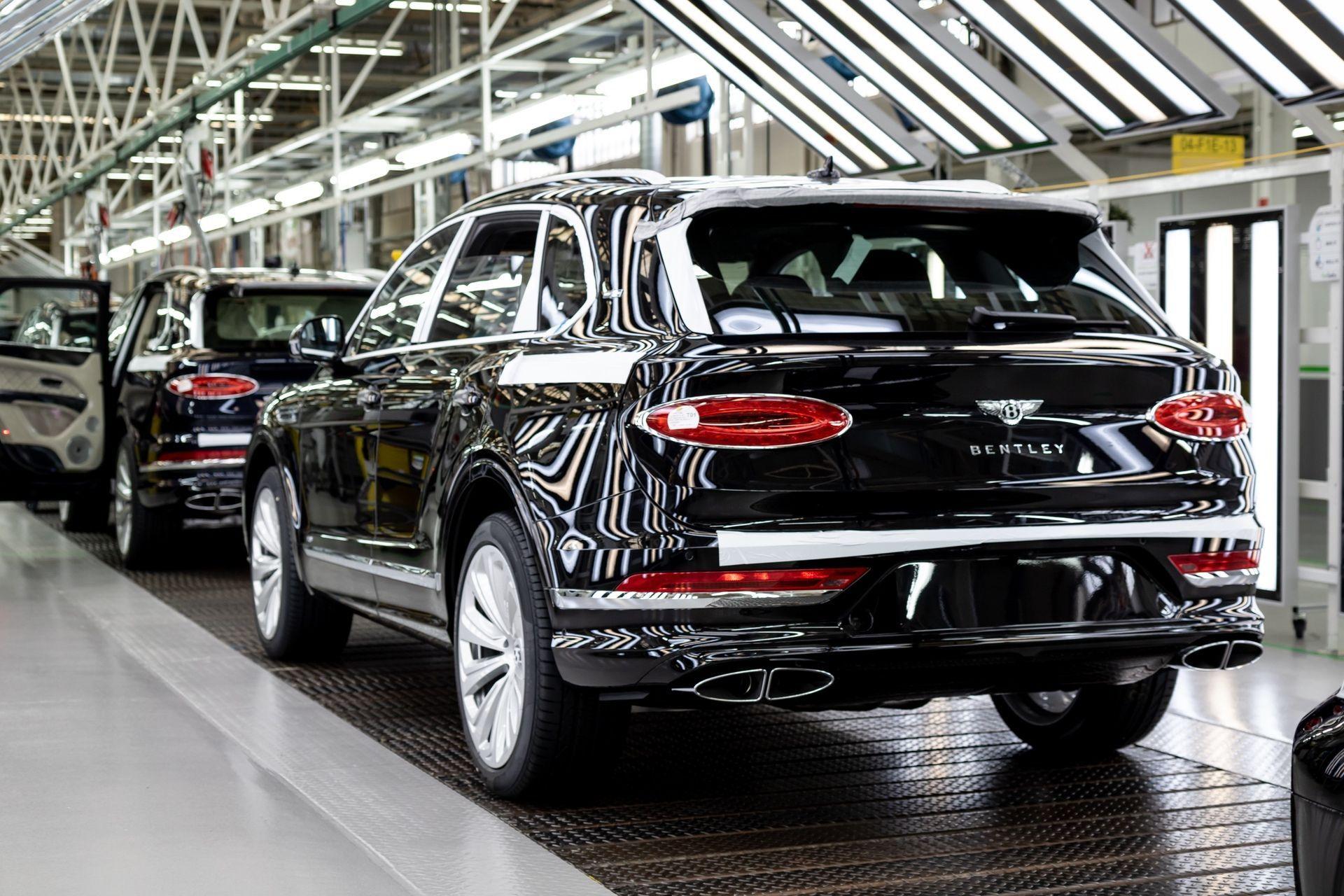 Bentley_Bentayga_production_0001