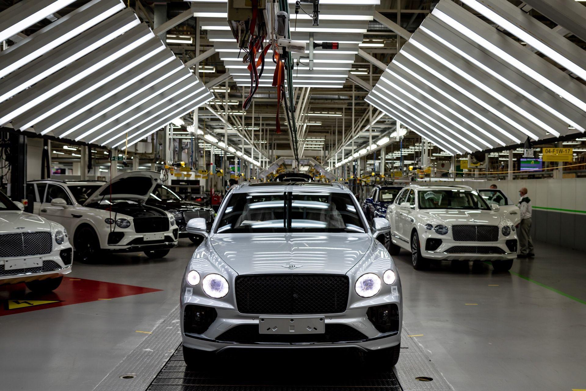 Bentley_Bentayga_production_0003
