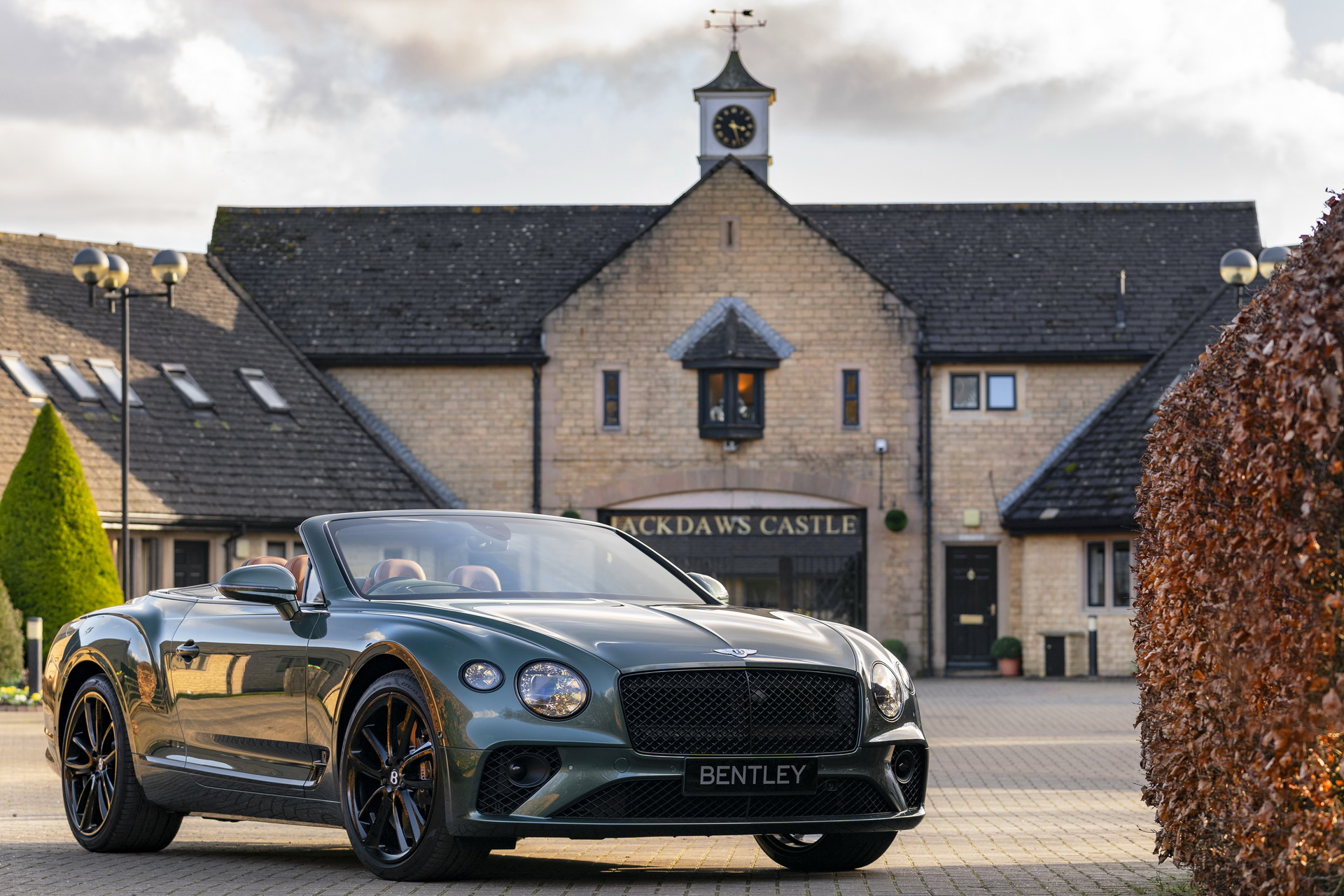 Bentley-Continental-GTC-Equestrian-Edition-2