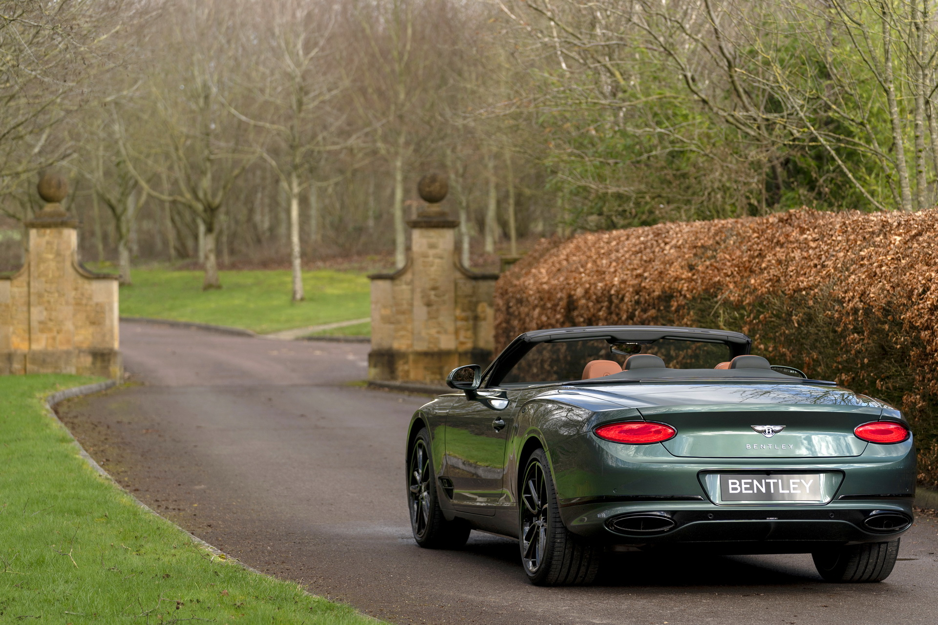 Bentley-Continental-GTC-Equestrian-Edition-3