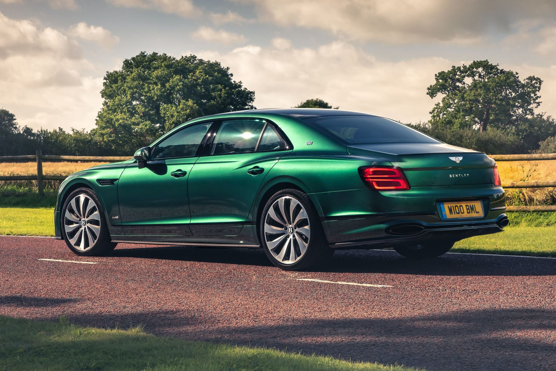 Bentley-Flying-Spur-Styling-Specification-8