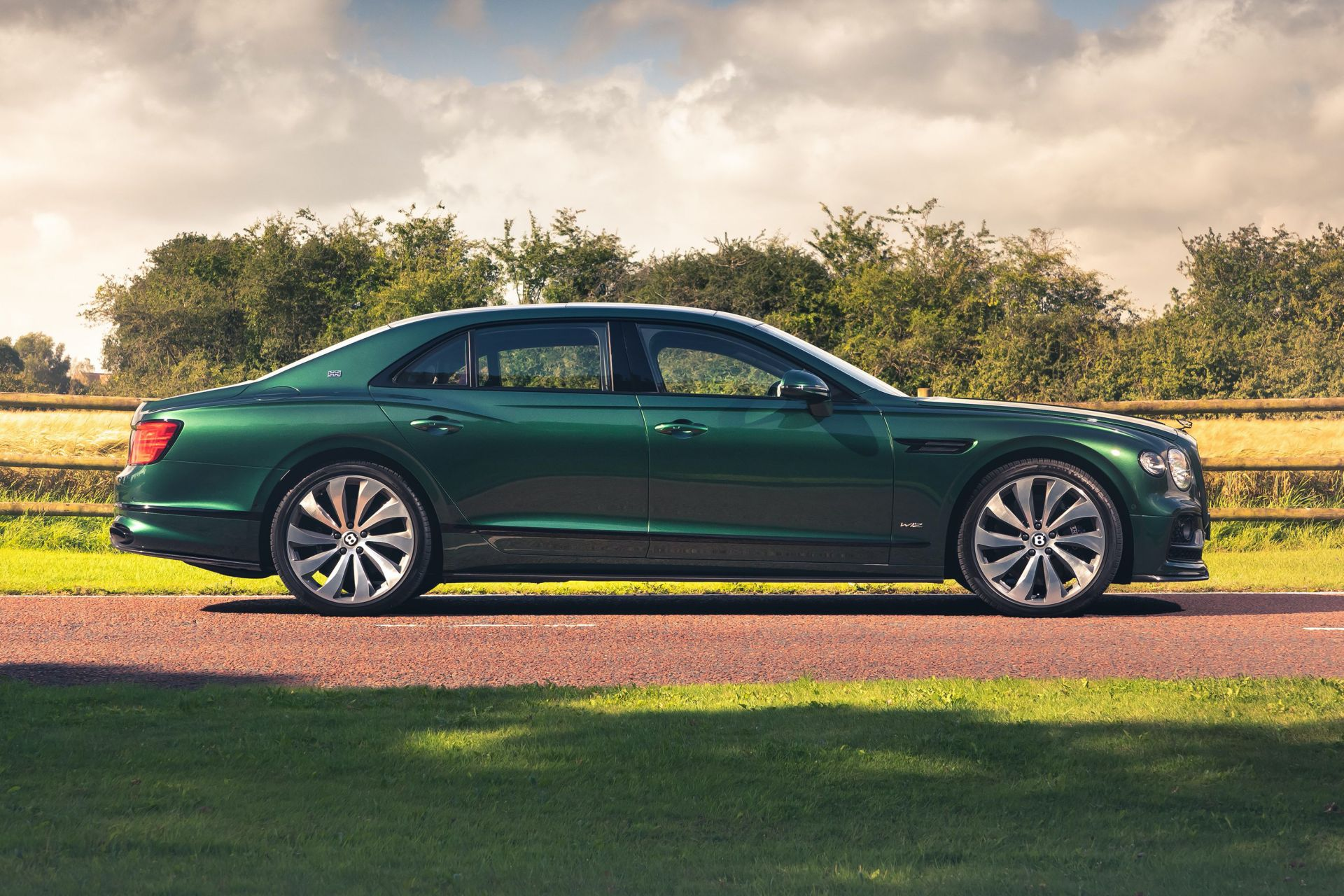 Bentley-Flying-Spur-Styling-Specification-9