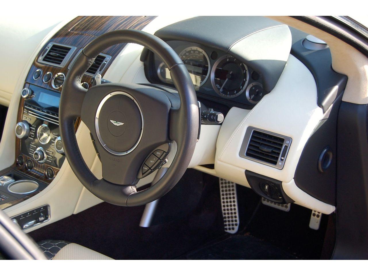 Bertone-Aston-Martin-Jet-2-Rapide-shooting-brake-22
