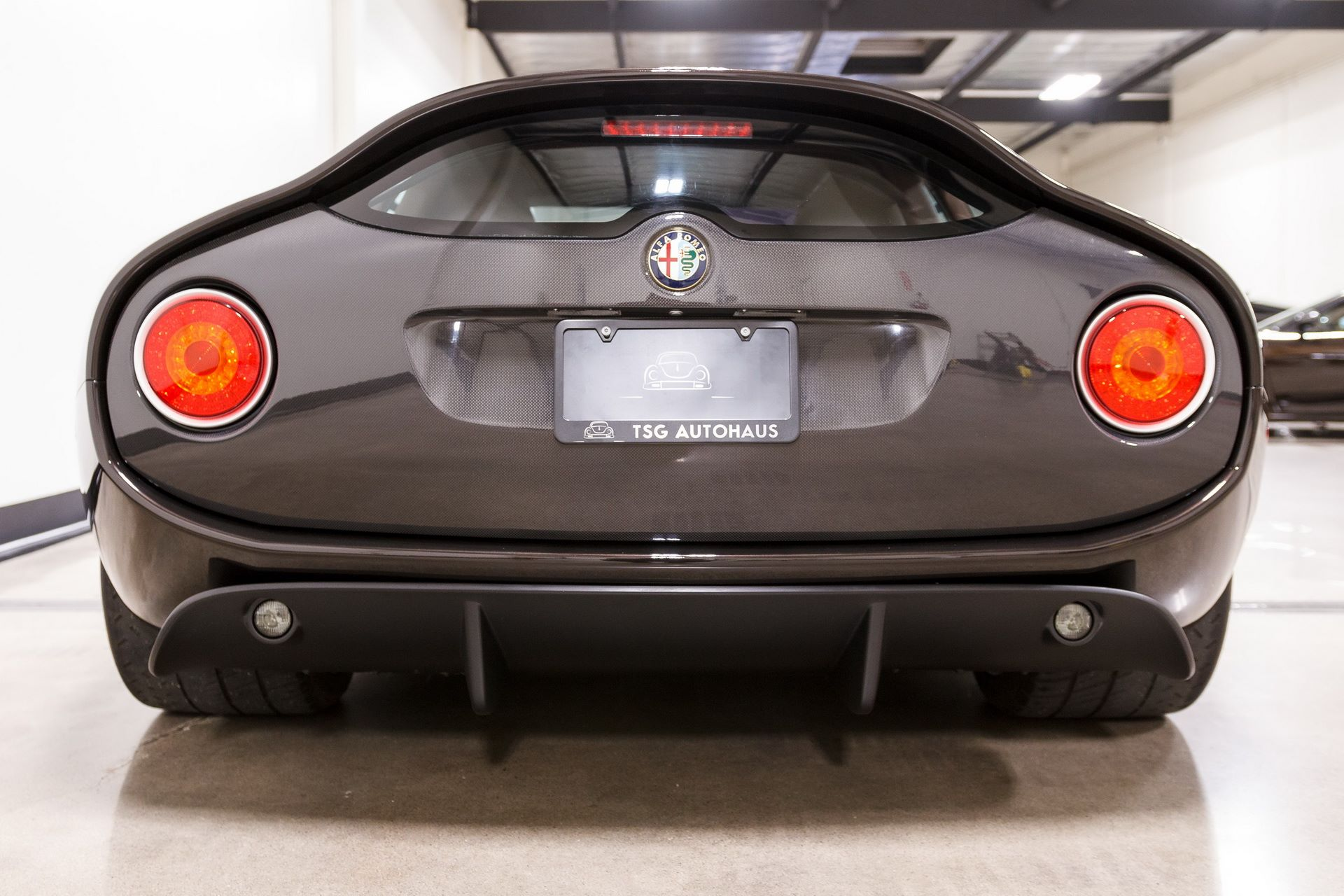 Black-Alfa-Romeo-TZ3-Stradale-Zagato-for-sale-19