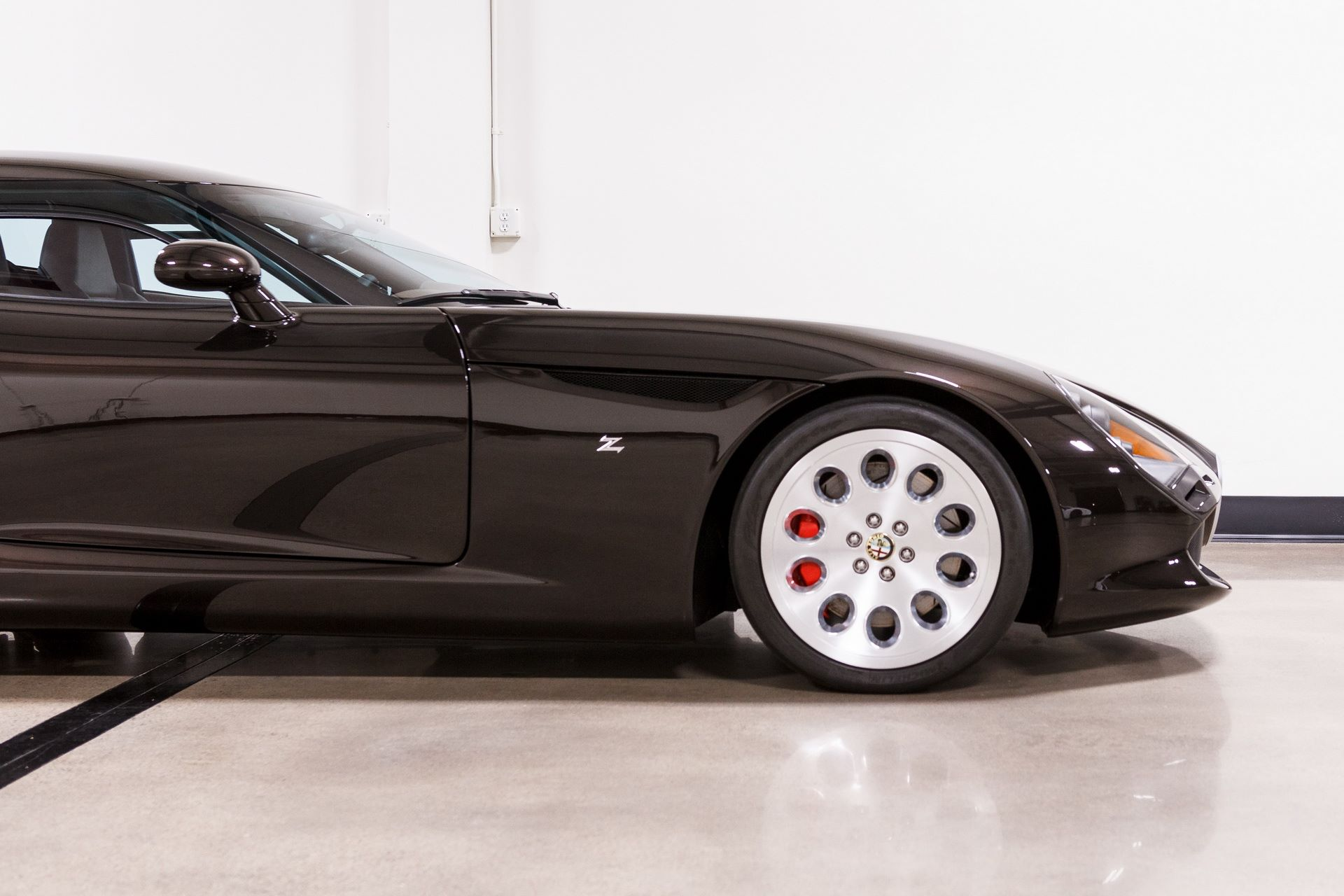 Black-Alfa-Romeo-TZ3-Stradale-Zagato-for-sale-23