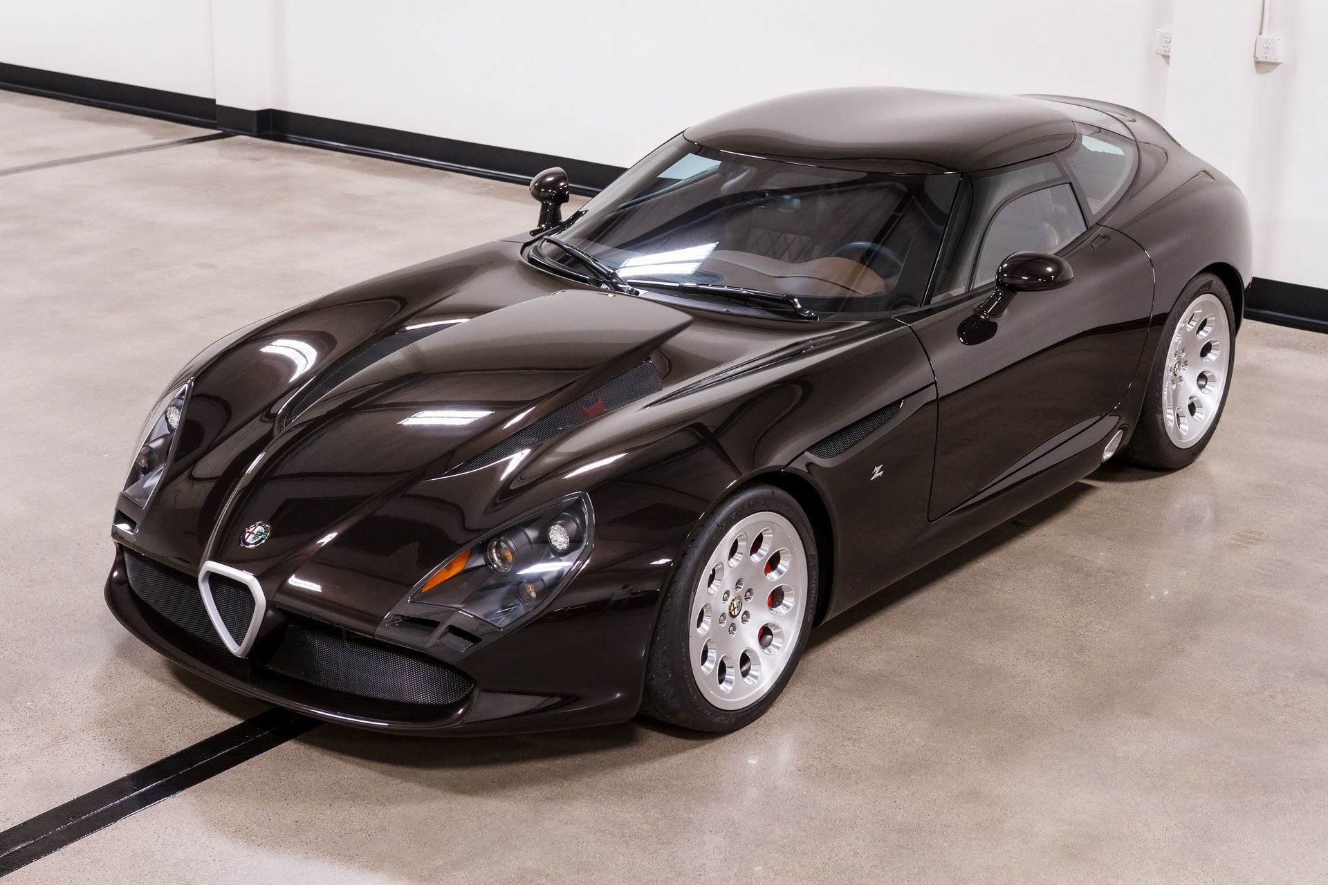 Black-Alfa-Romeo-TZ3-Stradale-Zagato-for-sale-7