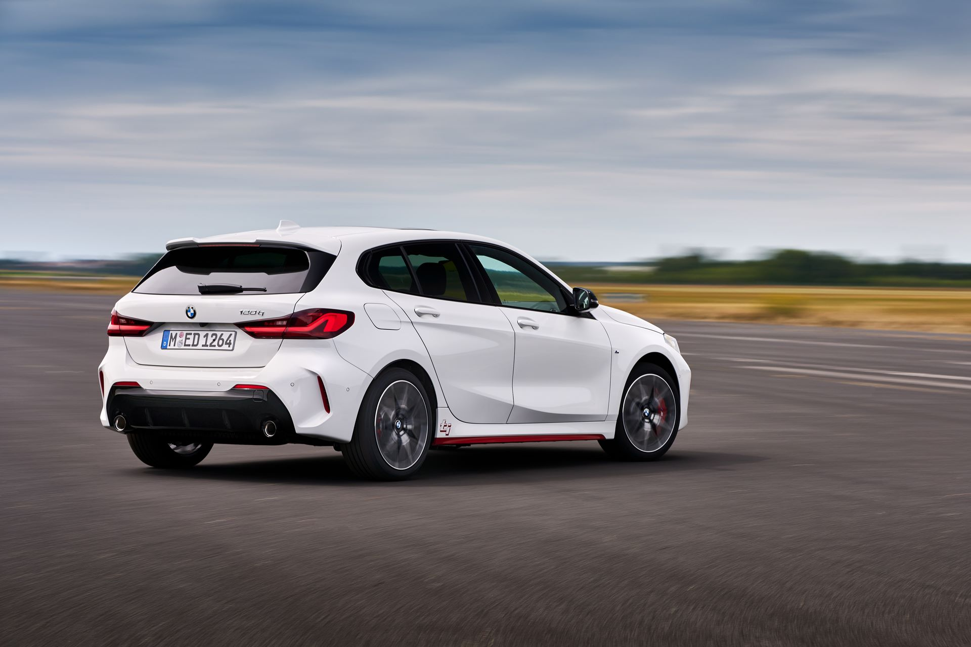 BMW-128ti-2021-17