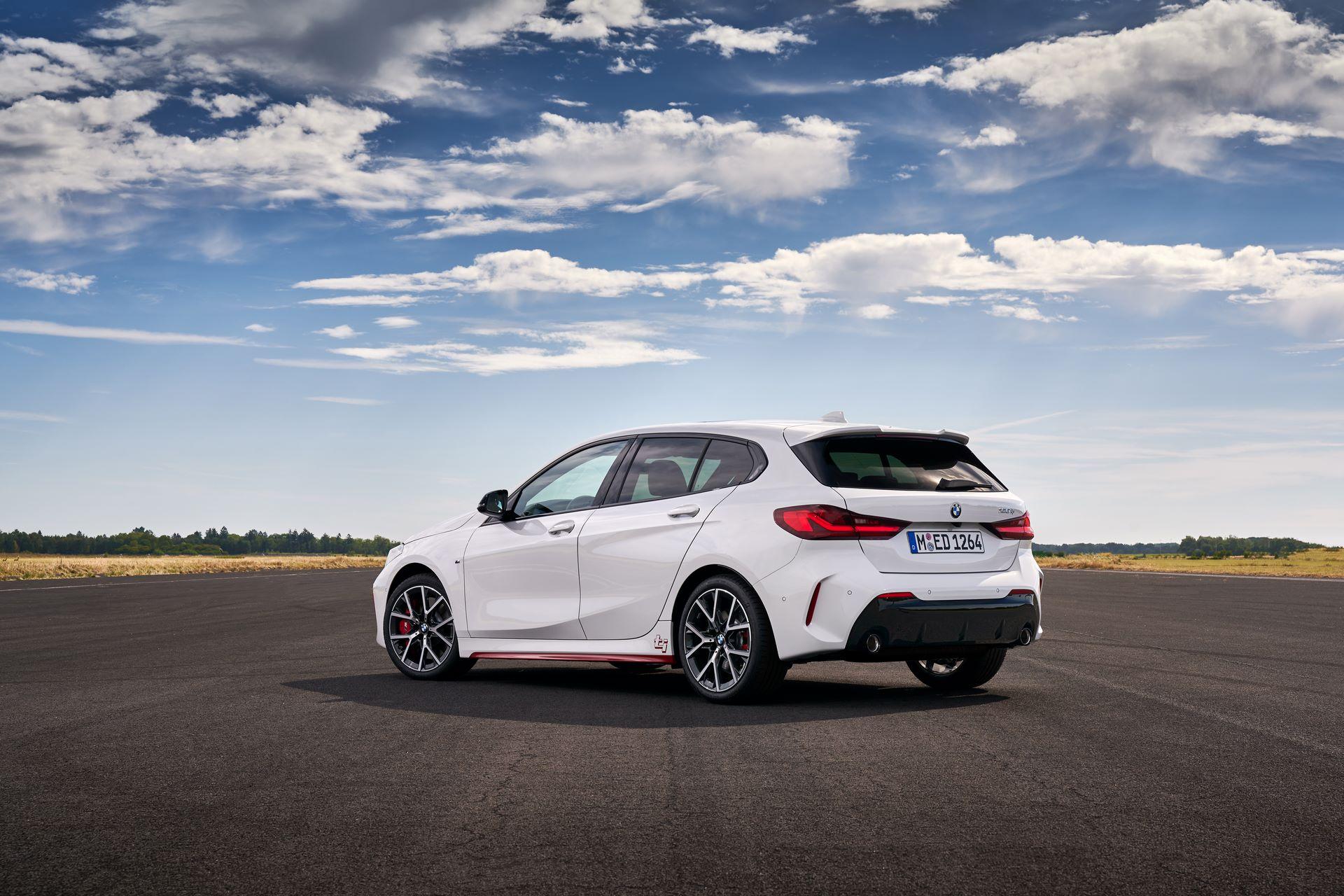 BMW-128ti-2021-23