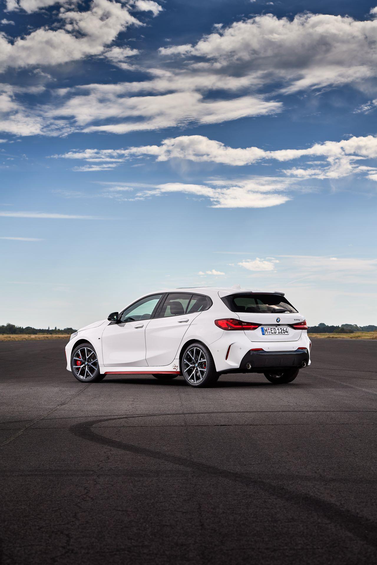 BMW-128ti-2021-24