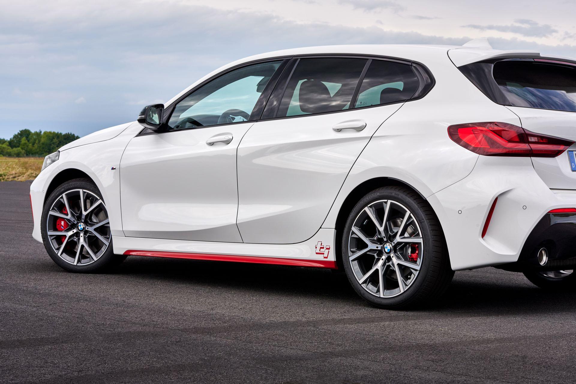 BMW-128ti-2021-28