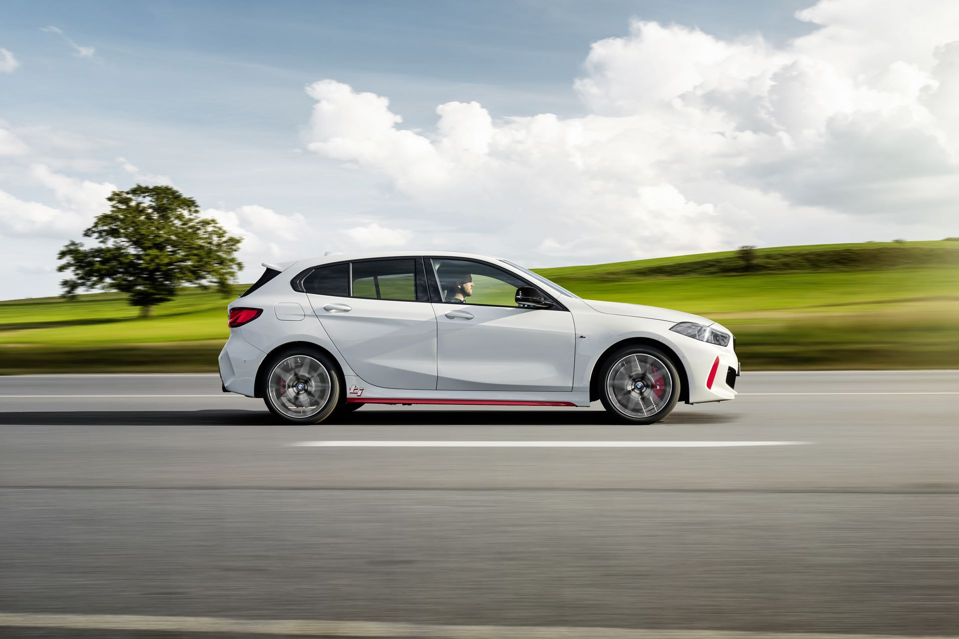 BMW-128ti-2021-8