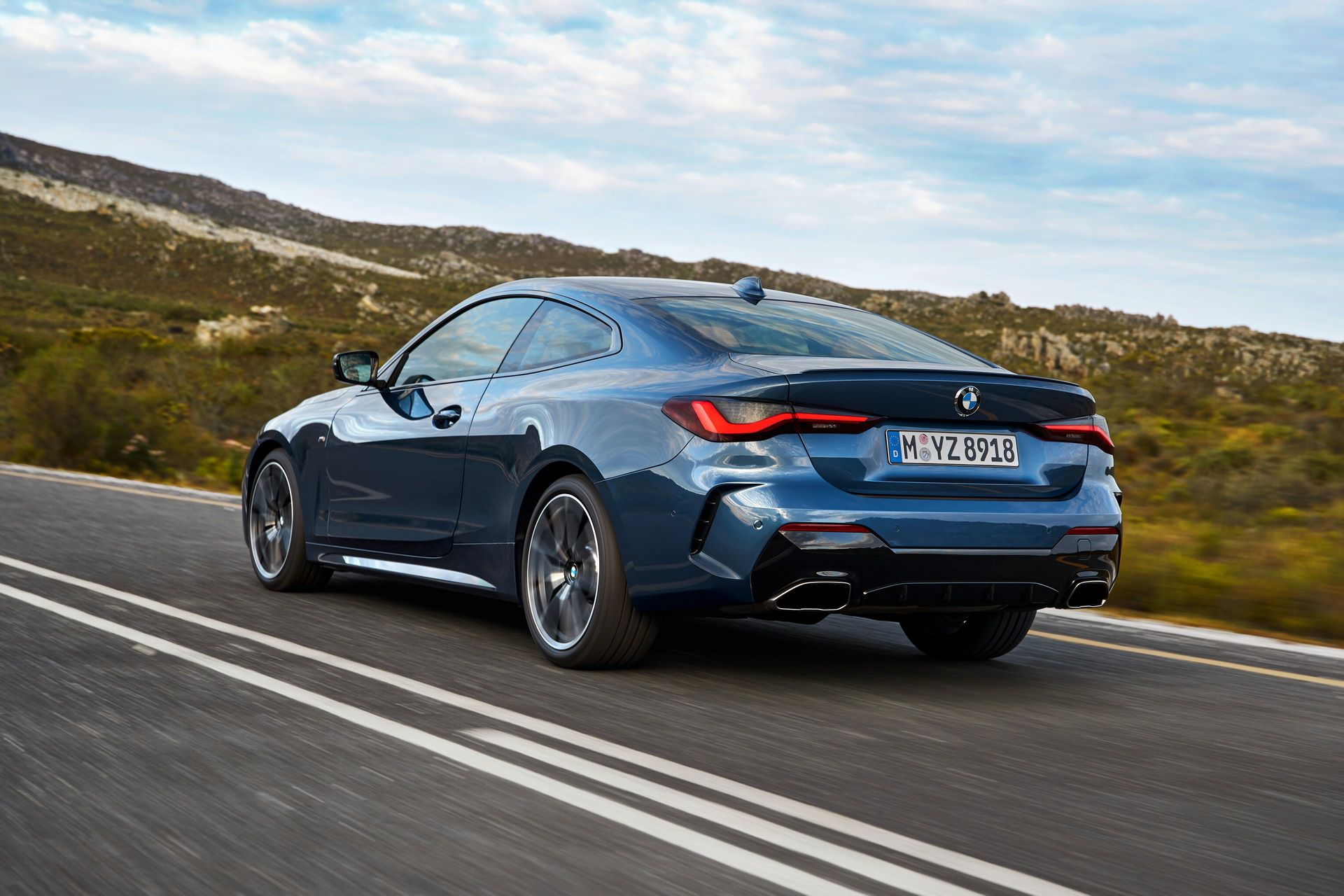 BMW-4-Series-2020-33