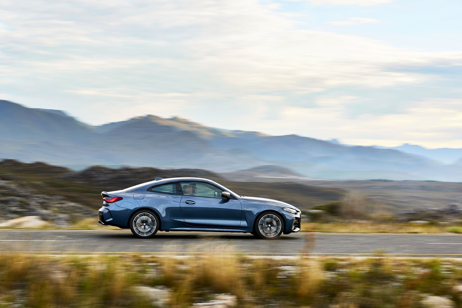 BMW-4-Series-2020-35