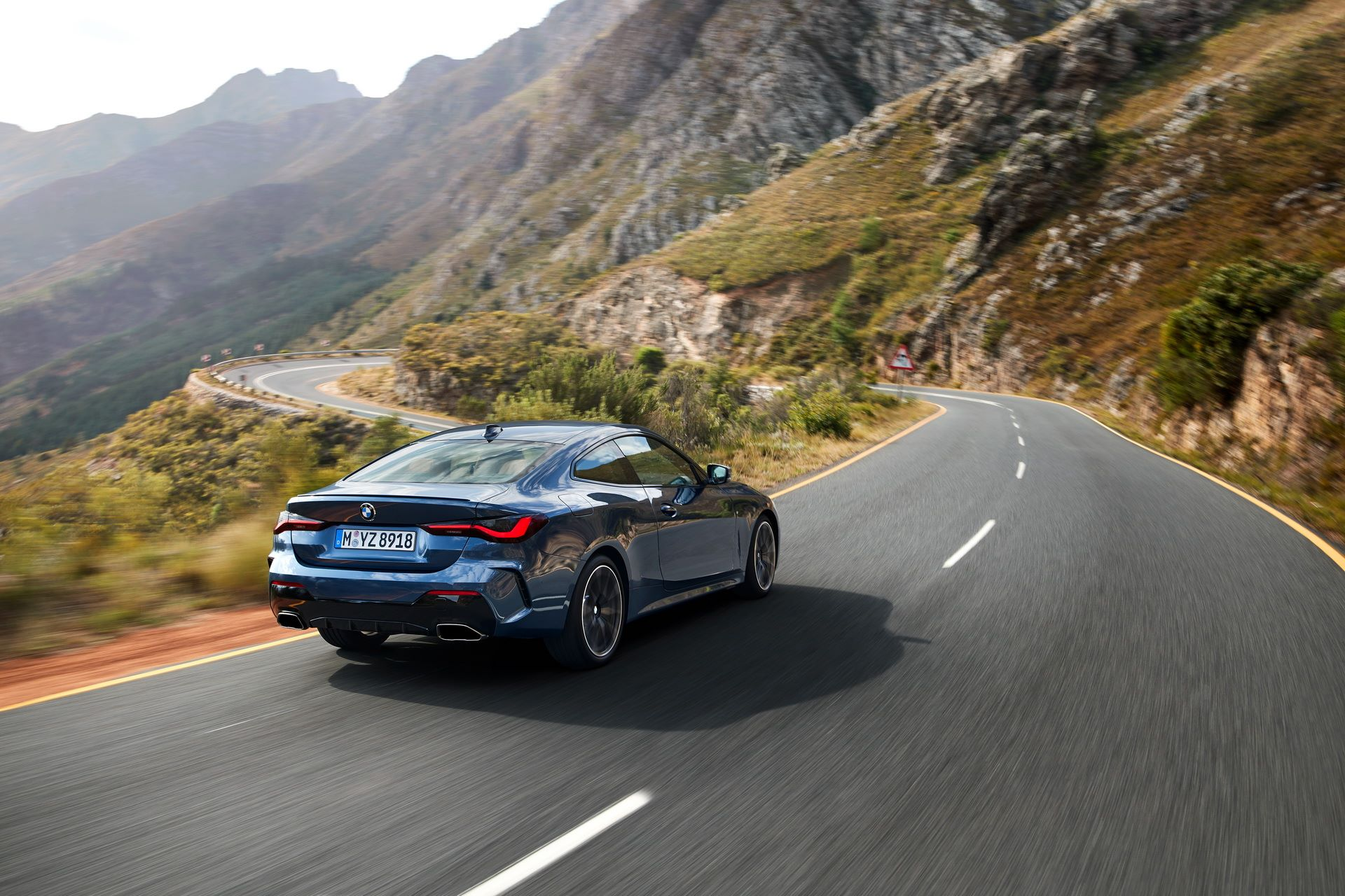 BMW-4-Series-2020-7