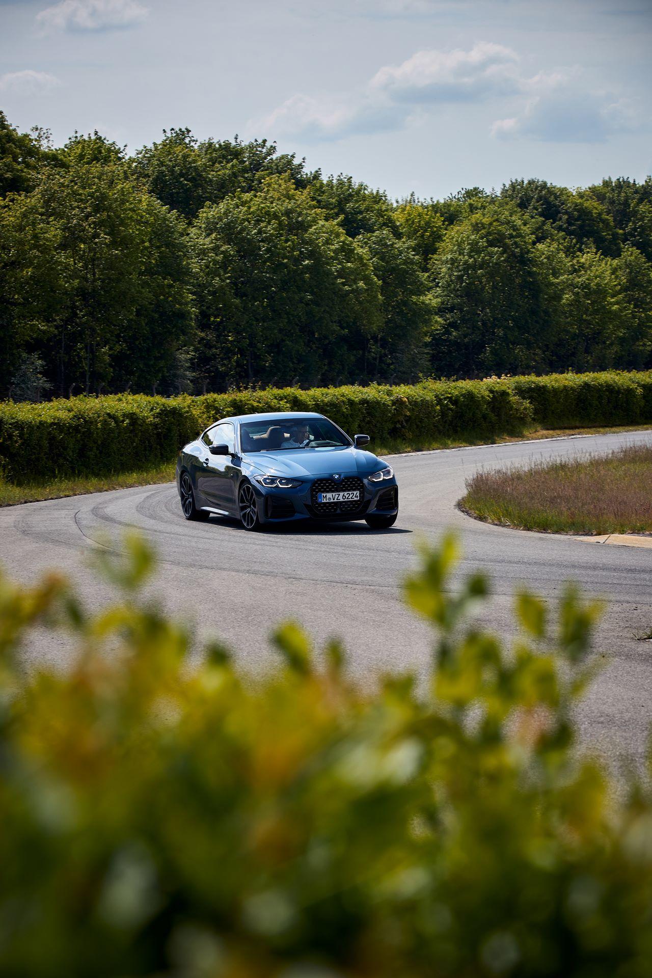 BMW-4-Series-2020-live-13