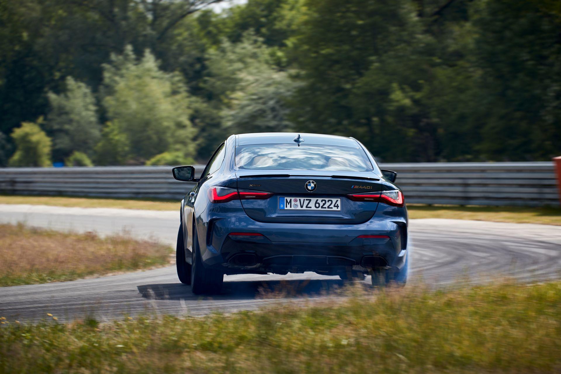 BMW-4-Series-2020-live-9