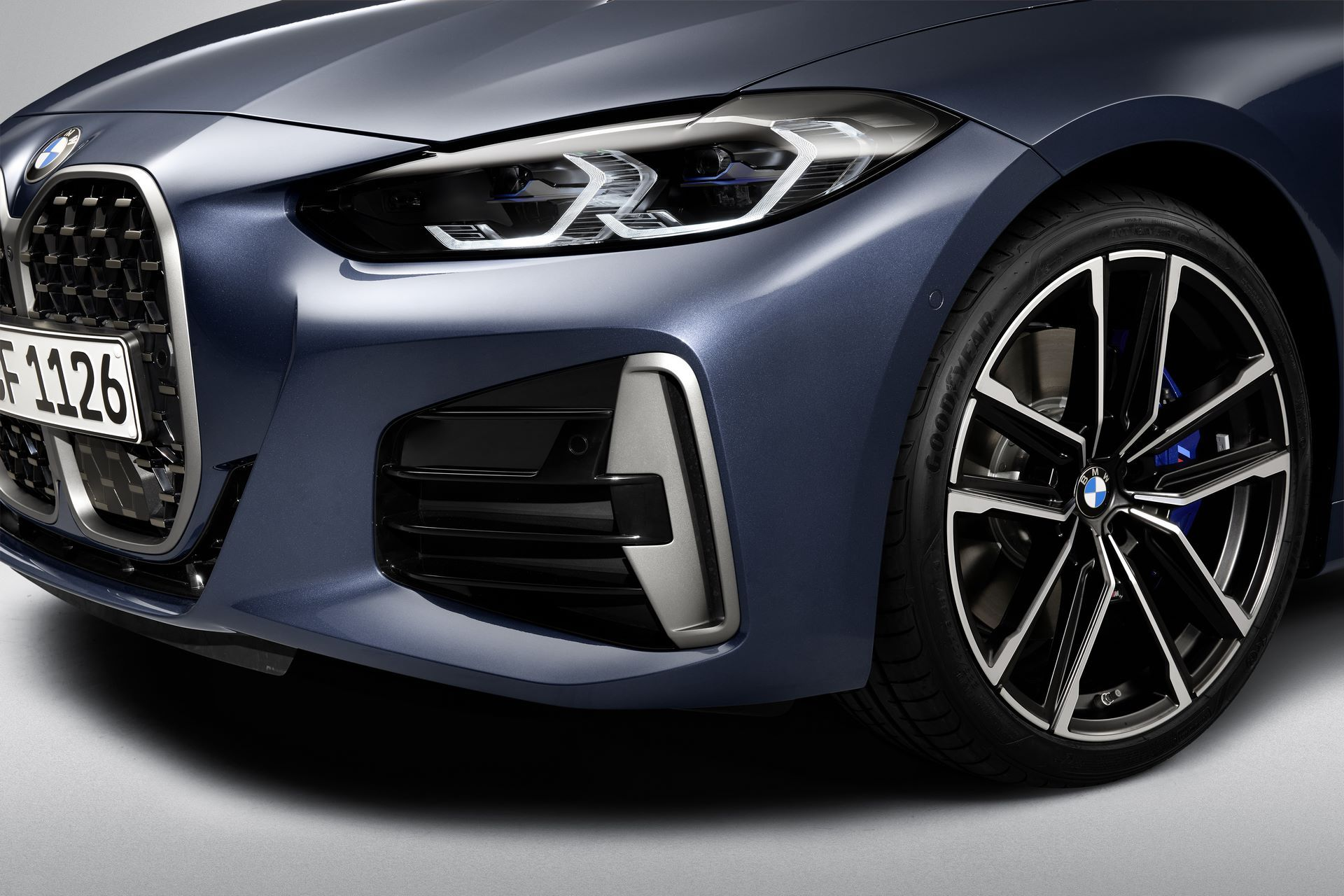 P90390023_highRes_bmw-m440i-xdrive-arc
