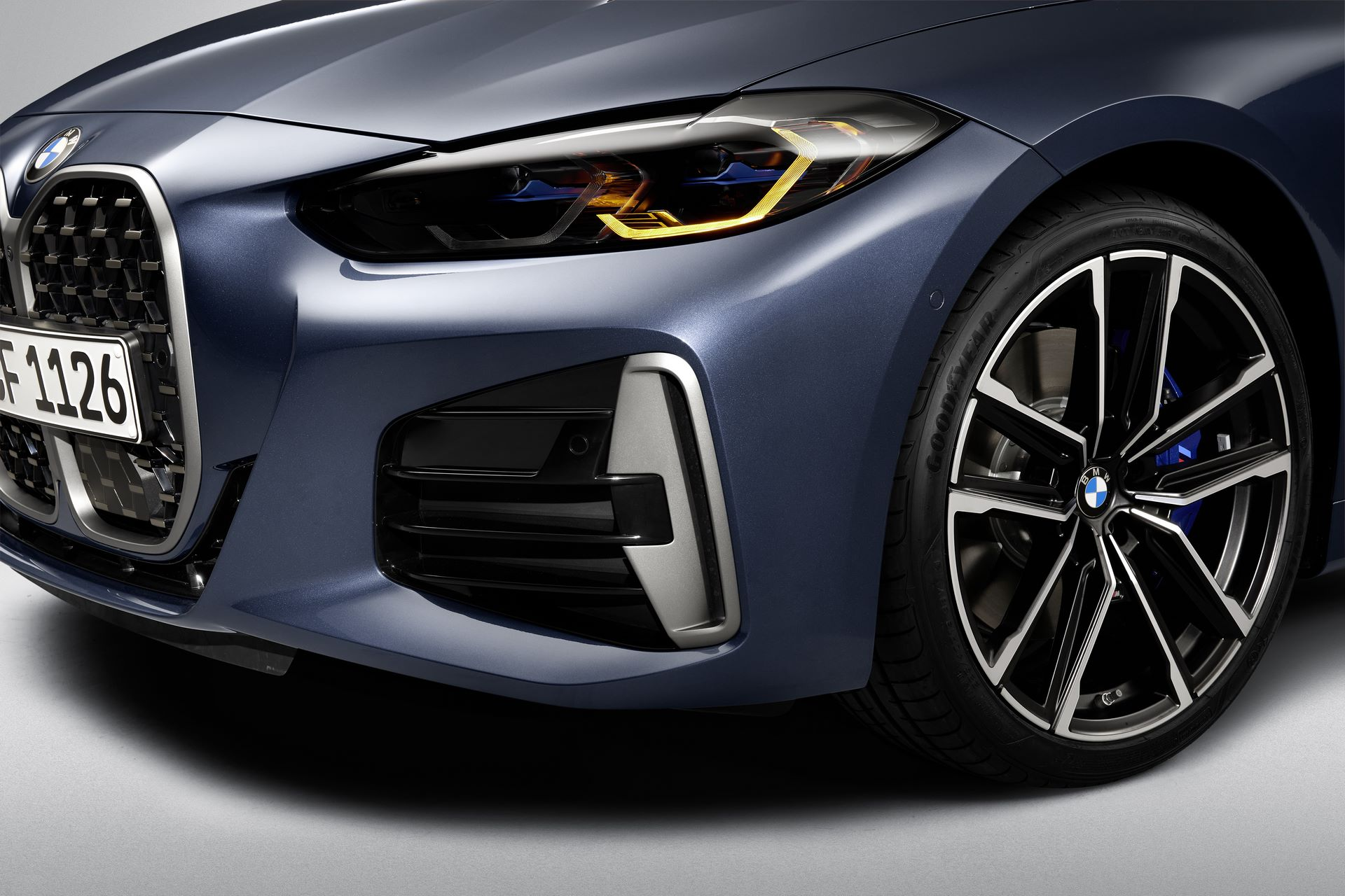 P90390024_highRes_bmw-m440i-xdrive-arc