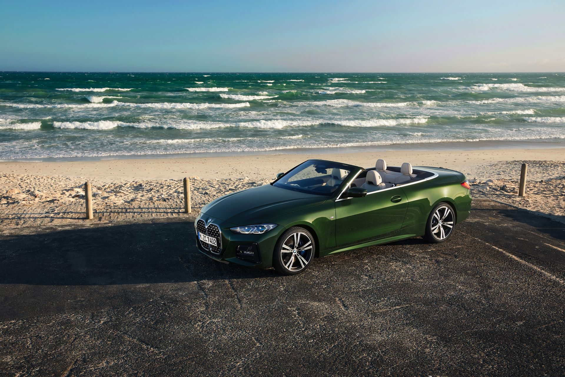 BMW-4-Series-Convertible-2021-12