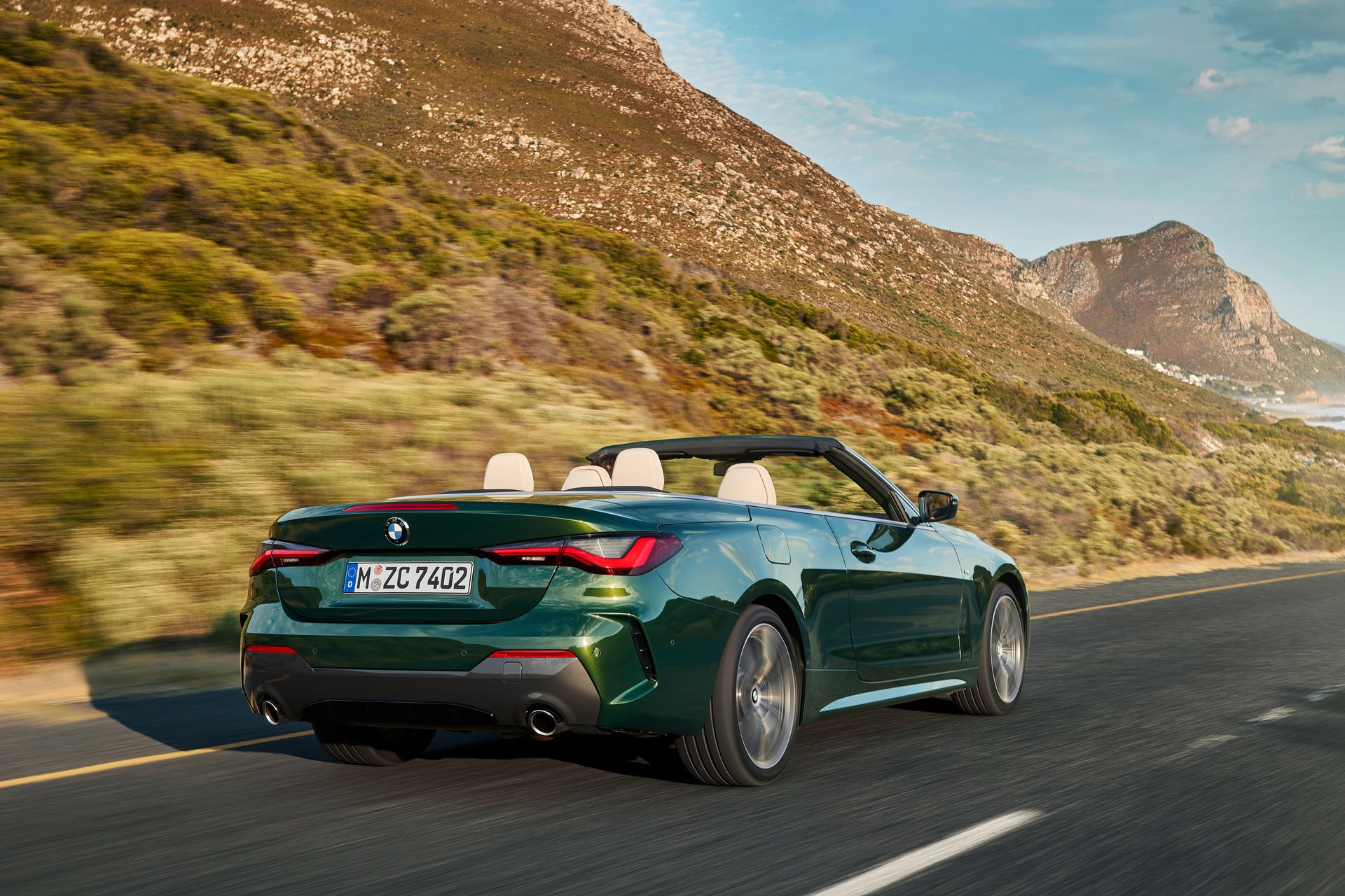 BMW-4-Series-Convertible-2021-18