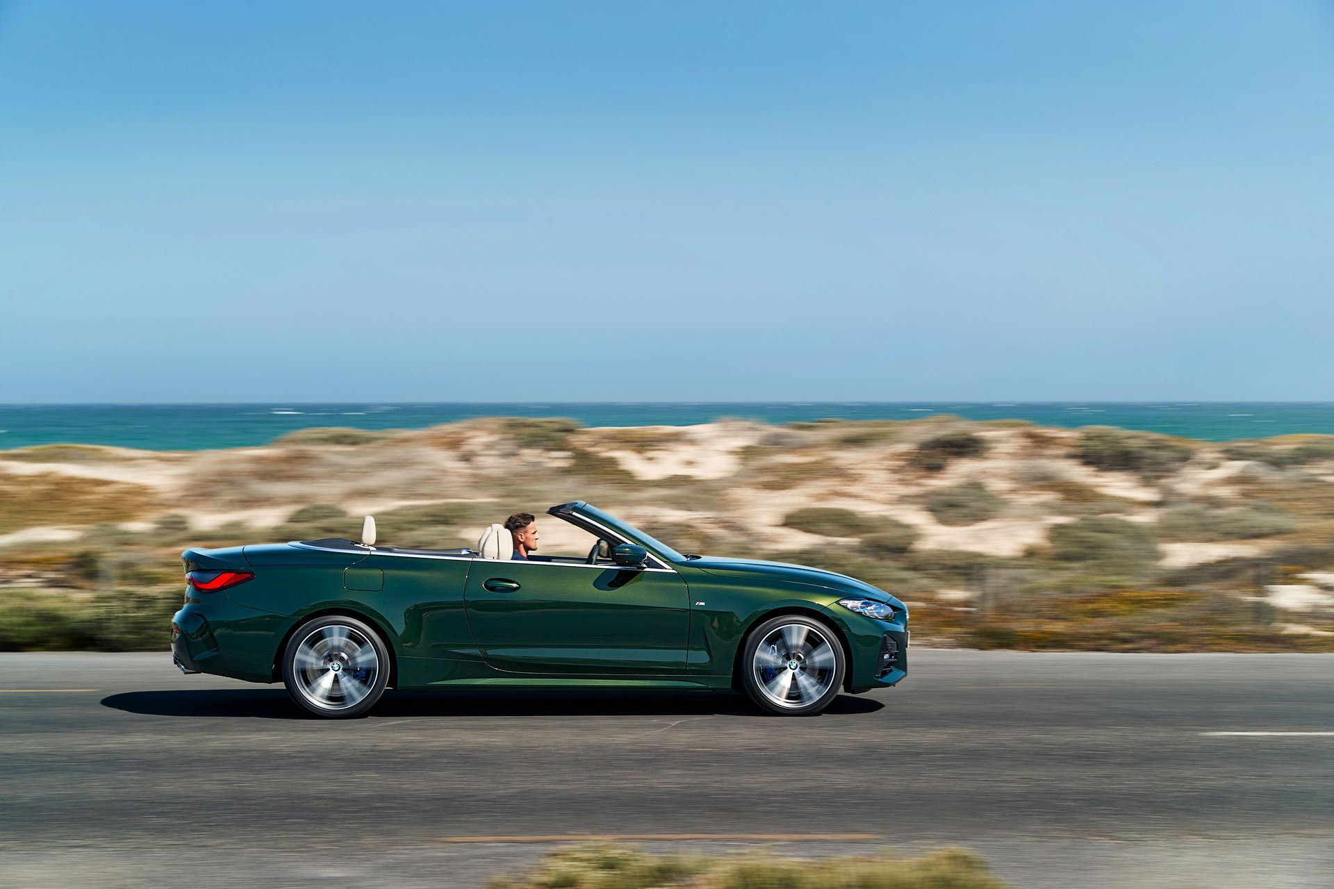 BMW-4-Series-Convertible-2021-31