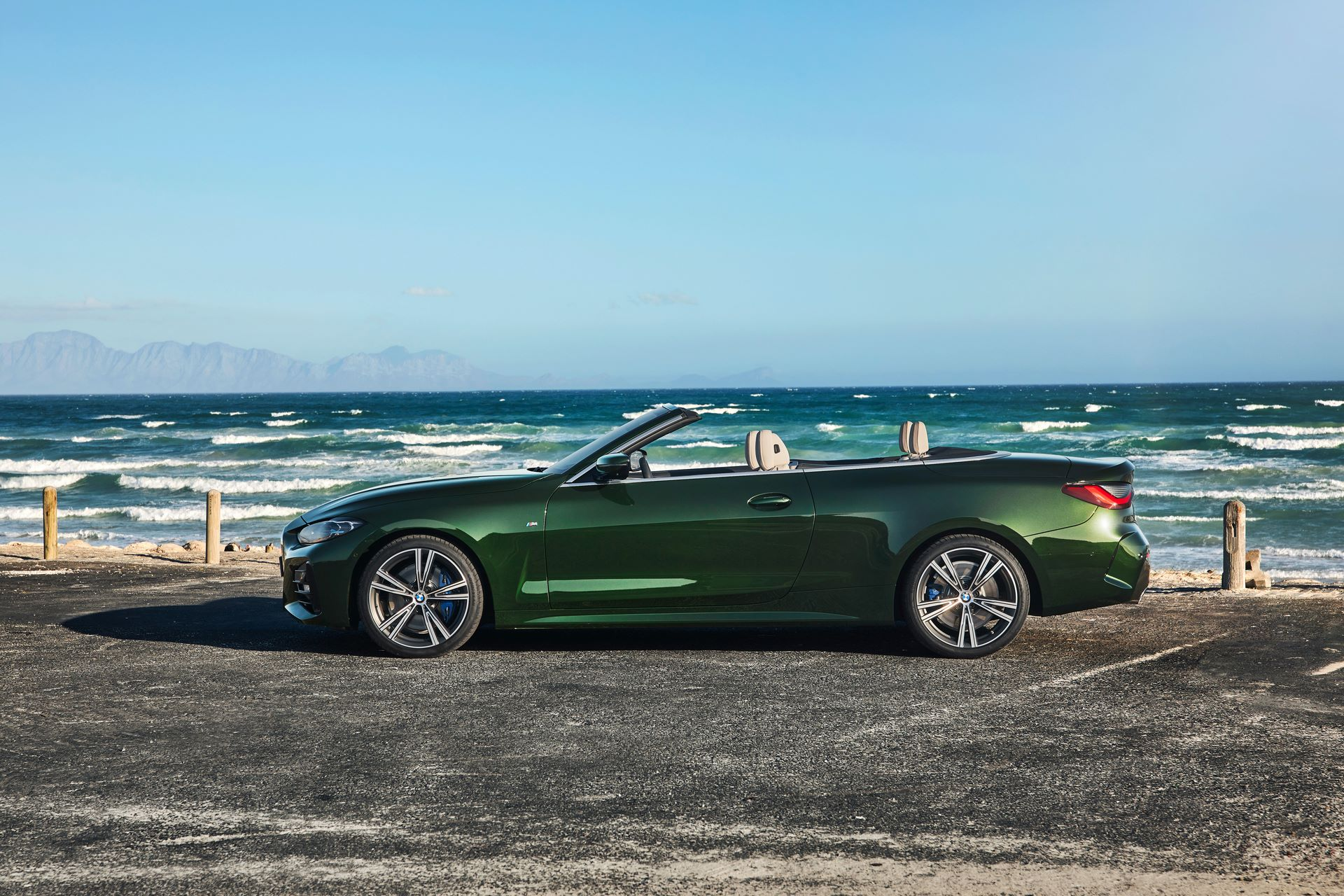 BMW-4-Series-Convertible-2021-41