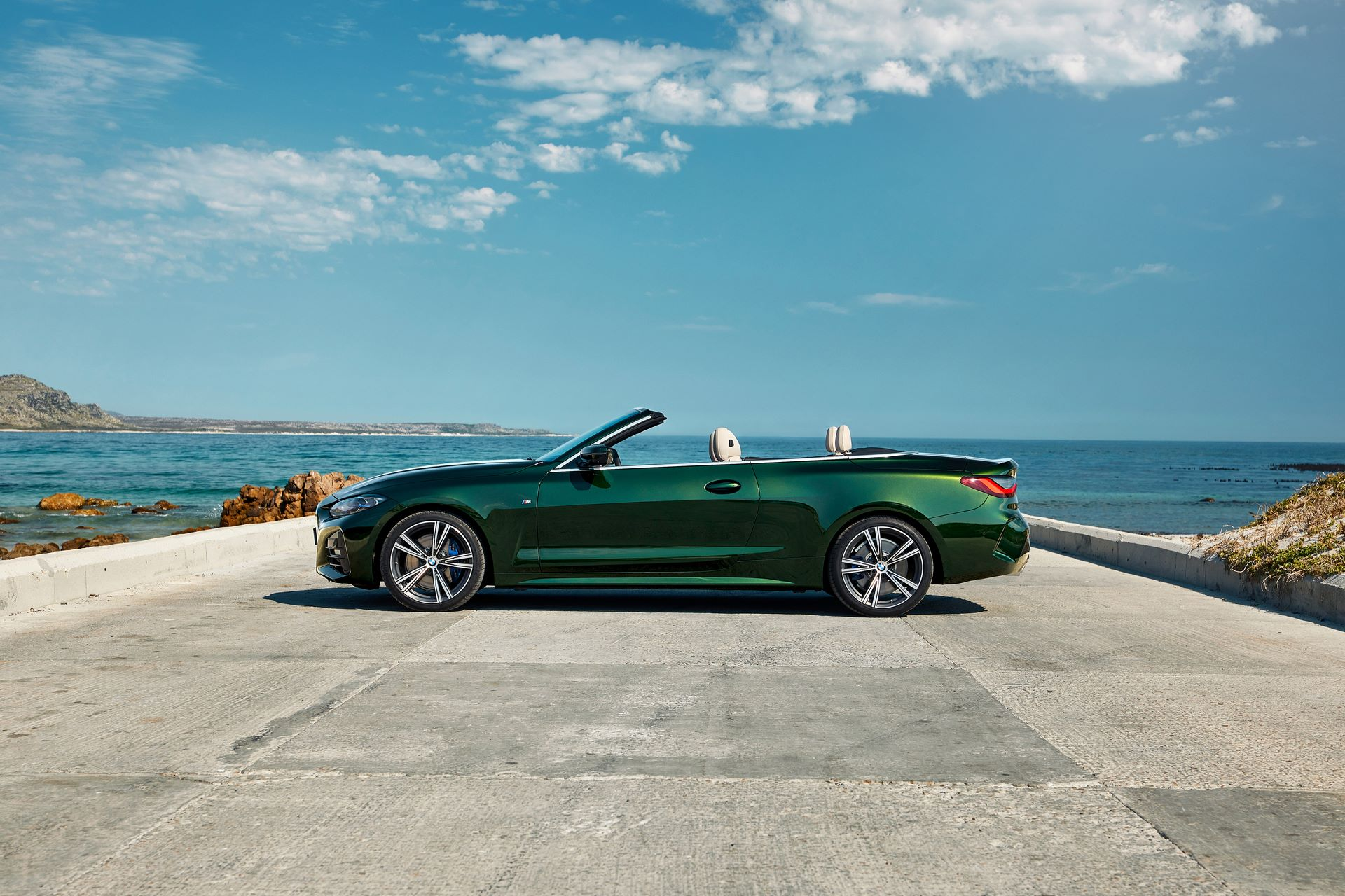 BMW-4-Series-Convertible-2021-44