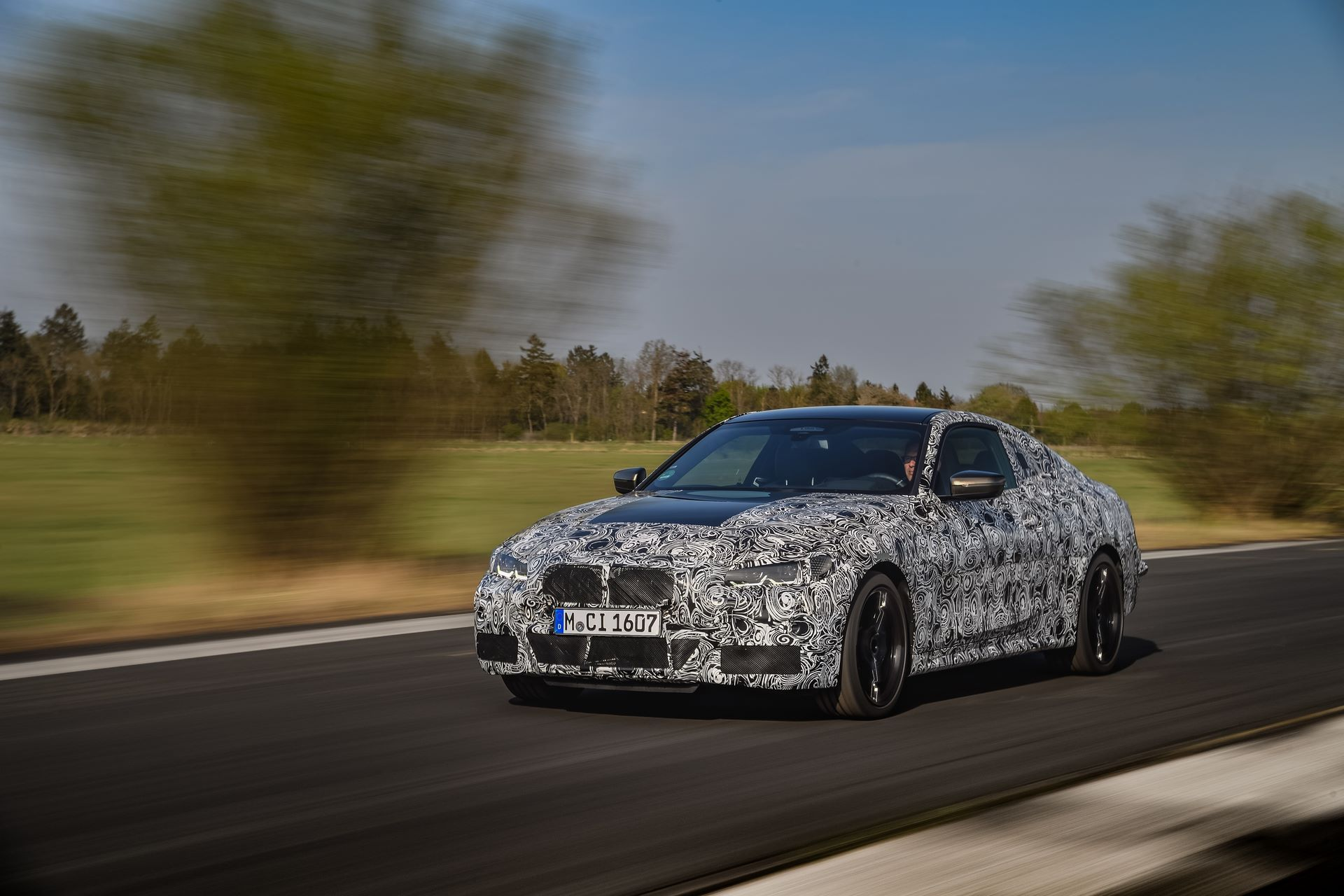 BMW-4-Series-M440i-camouflaged-14