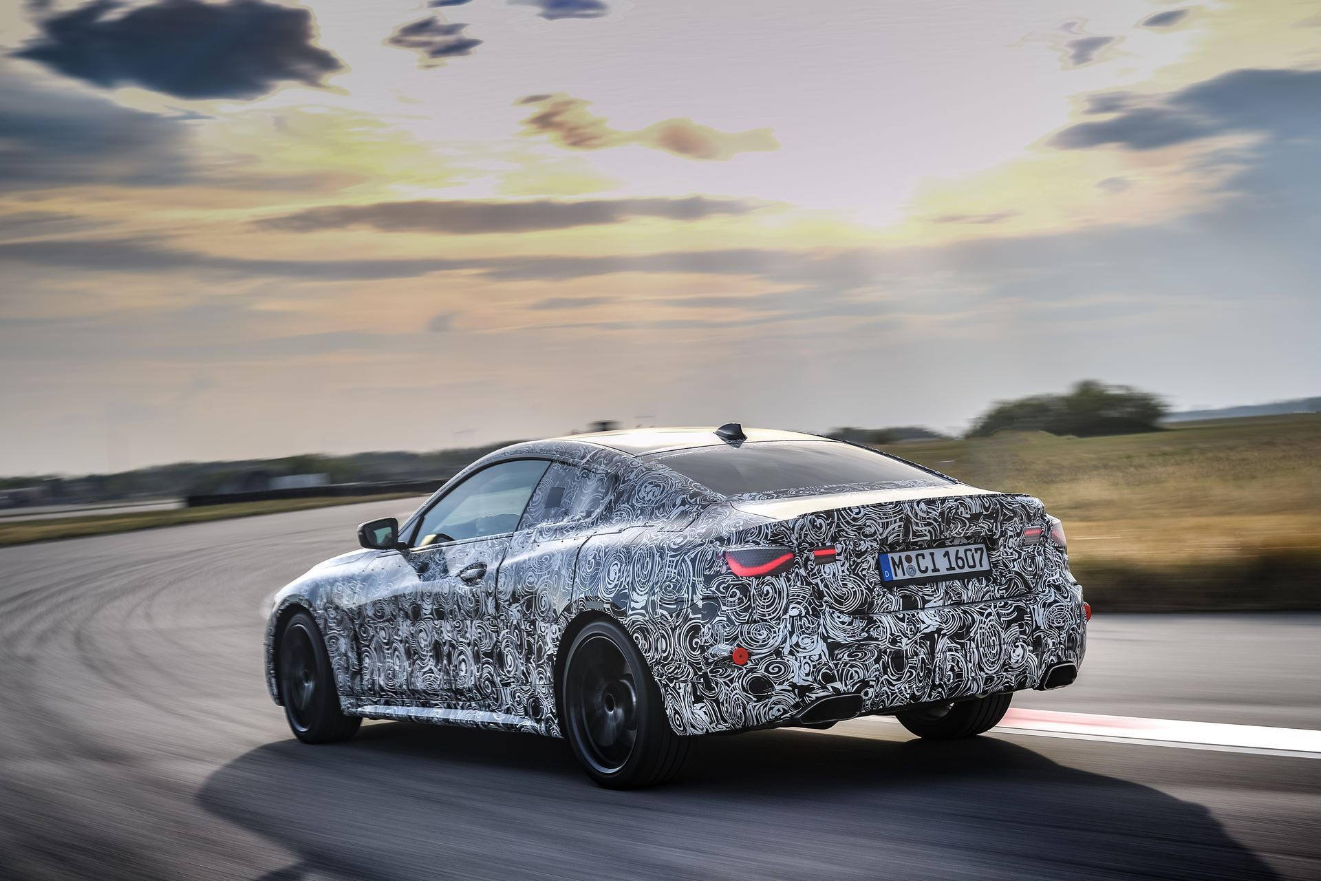 BMW-4-Series-M440i-camouflaged-15