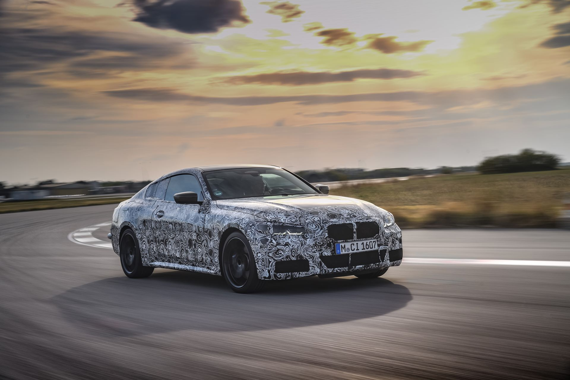 BMW-4-Series-M440i-camouflaged-3