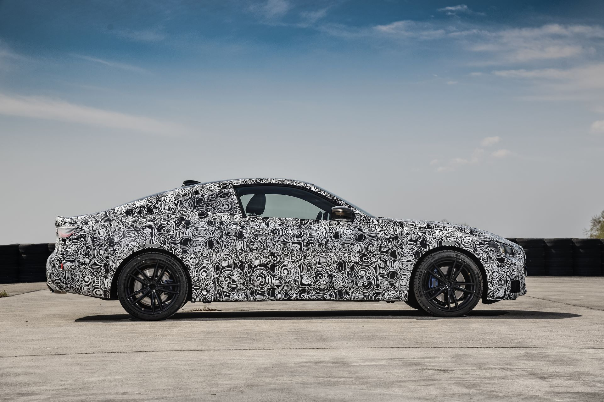 BMW-4-Series-M440i-camouflaged-38