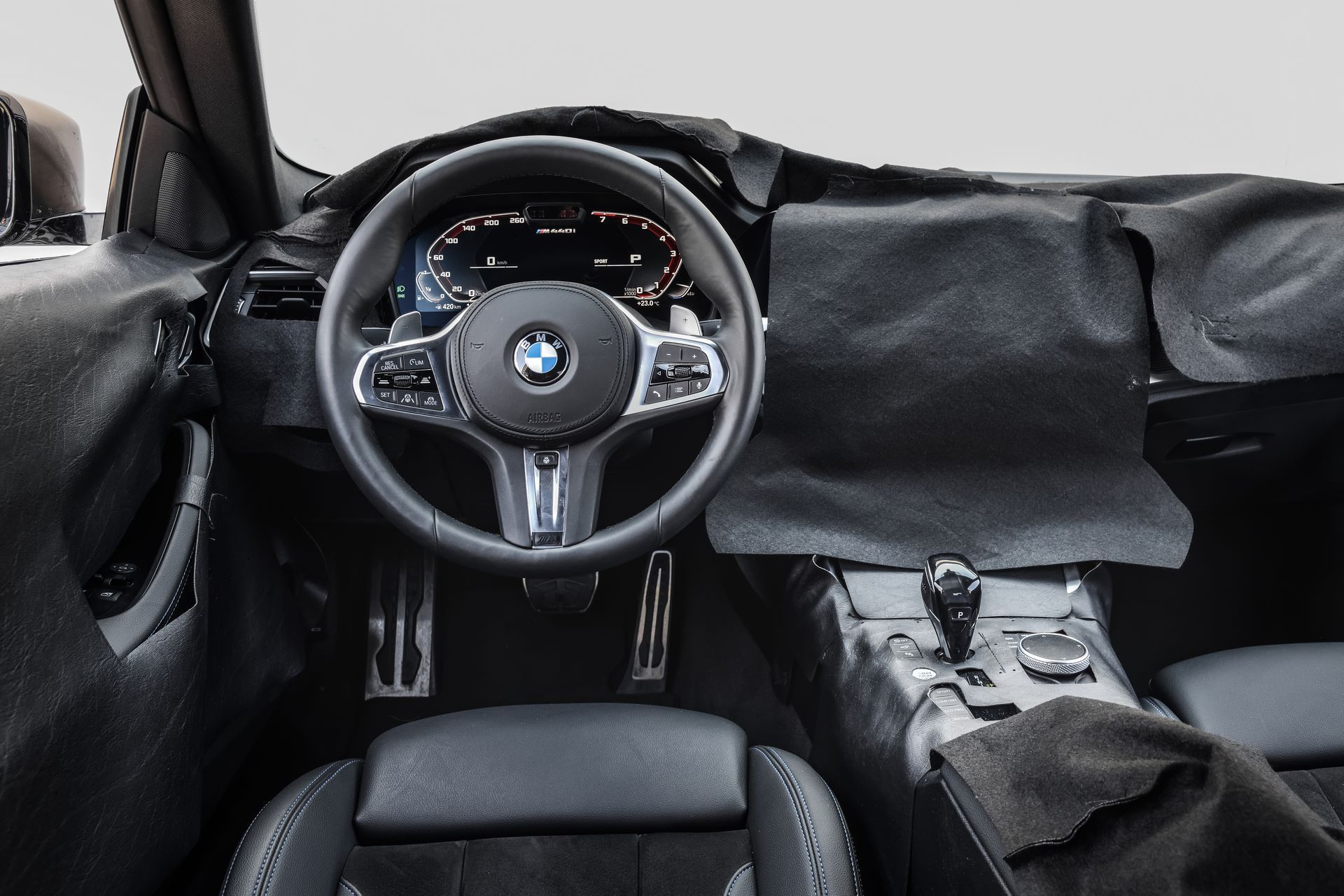 BMW-4-Series-M440i-camouflaged-44