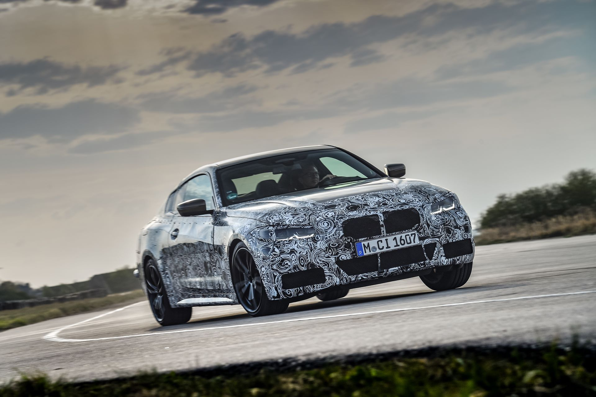 BMW-4-Series-M440i-camouflaged-6